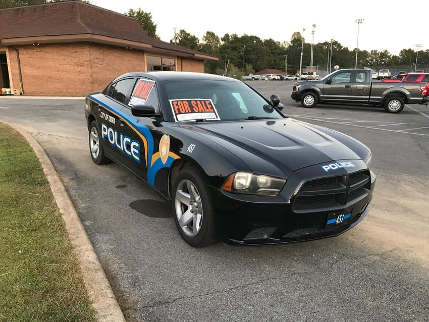 The Dora City Council voted on Thursday to accept the high bid of $3,650 for a surplus police cruiser.