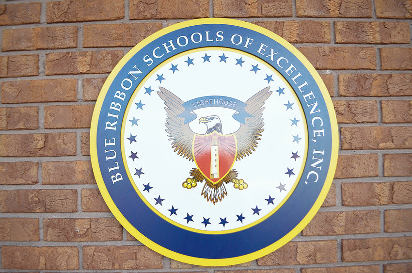Curry Middle School has once again achieved Lighthouse status through the Blue Ribbon Schools of Excellence program.