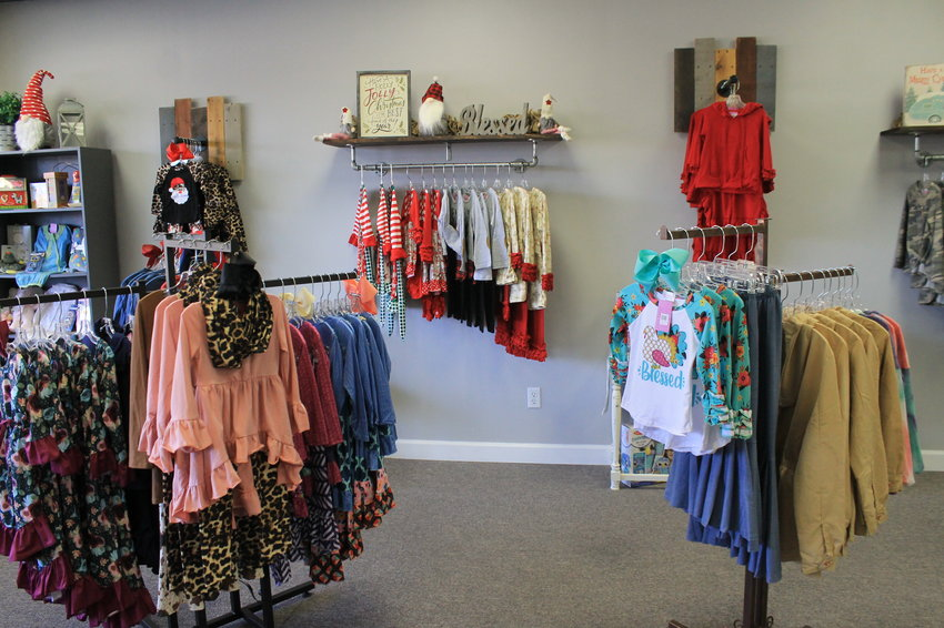 Holly's Buttons & Bows in Sumiton offers clothing and accessories for children, tweens and ladies, including plus sizes.