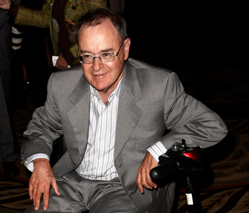 Actor David Lander arrives at The National Multiple Sclerosis Society's 35th Annual Dinner of Champions in Los Angeles on Wednesday, Sept. 16, 2009. (AP Photo/Matt Sayles)