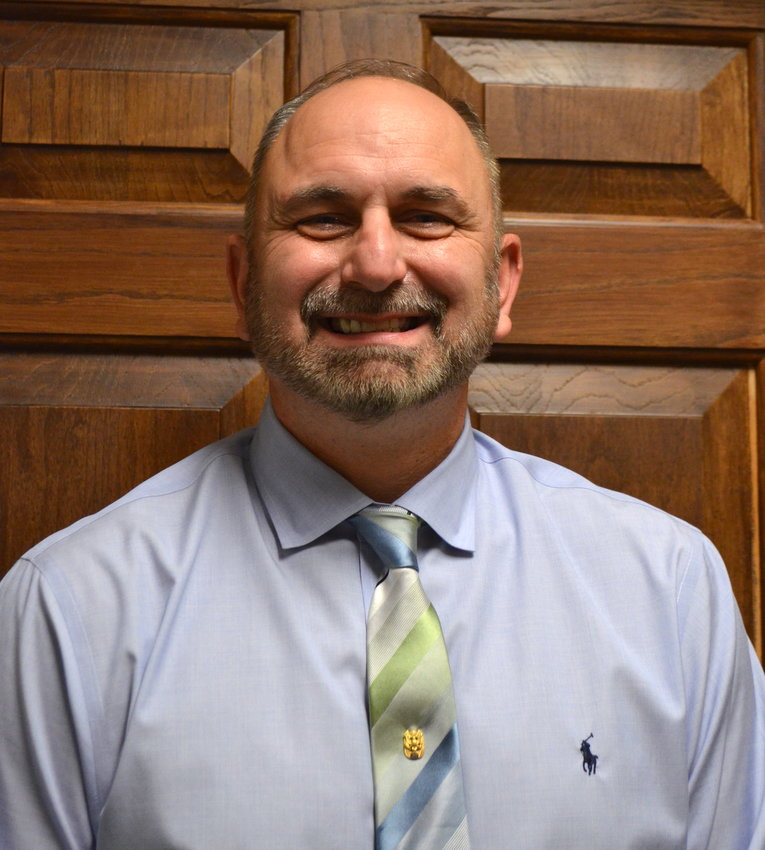 The Walker County Board of Education voted unanimously Thursday evening for Dr. Dennis Willingham to serve as interim superintendent of the school system.