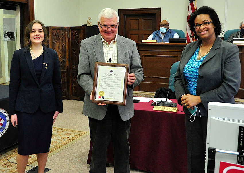 Jasper Mayor David O'Mary presented a proclamation recognizing the third week of February as  Future Business Leaders of America Week in the city.