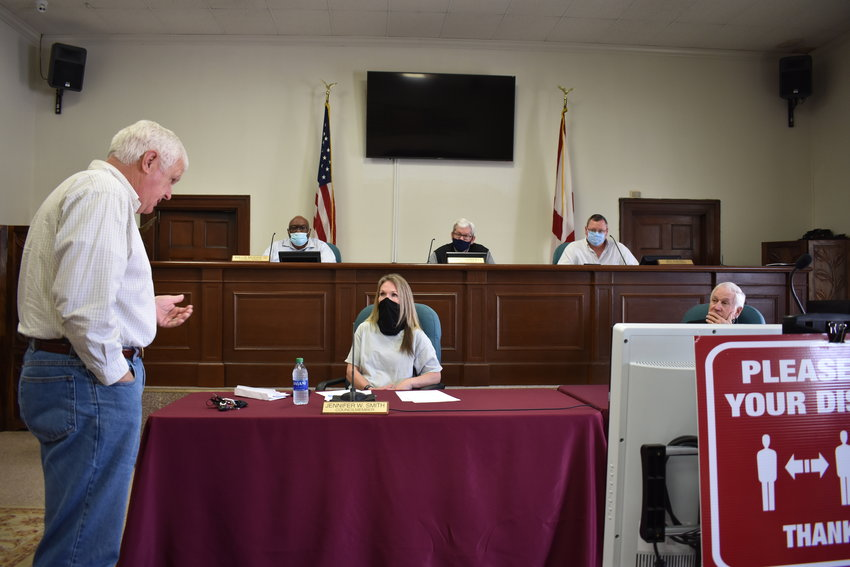 Jasper Mayor David O'Mary addresses members of the Jasper City Council at Friday's work session.
