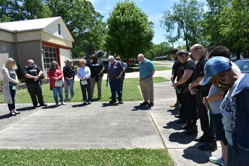 Fifteen community leaders gathered at Carbon Hill City Hall at noon Thursday to mark the National Day of Prayer. Pastor Ty McIntyre of Freedom Baptist Church and pastor Scott McCullar of First Baptist Church of Carbon Hill led in prayers for the community and the nation. Mayor April Kennedy Herron asked for prayers for herself and other city government leaders, as well as public safety crews, noting they have a hard job.