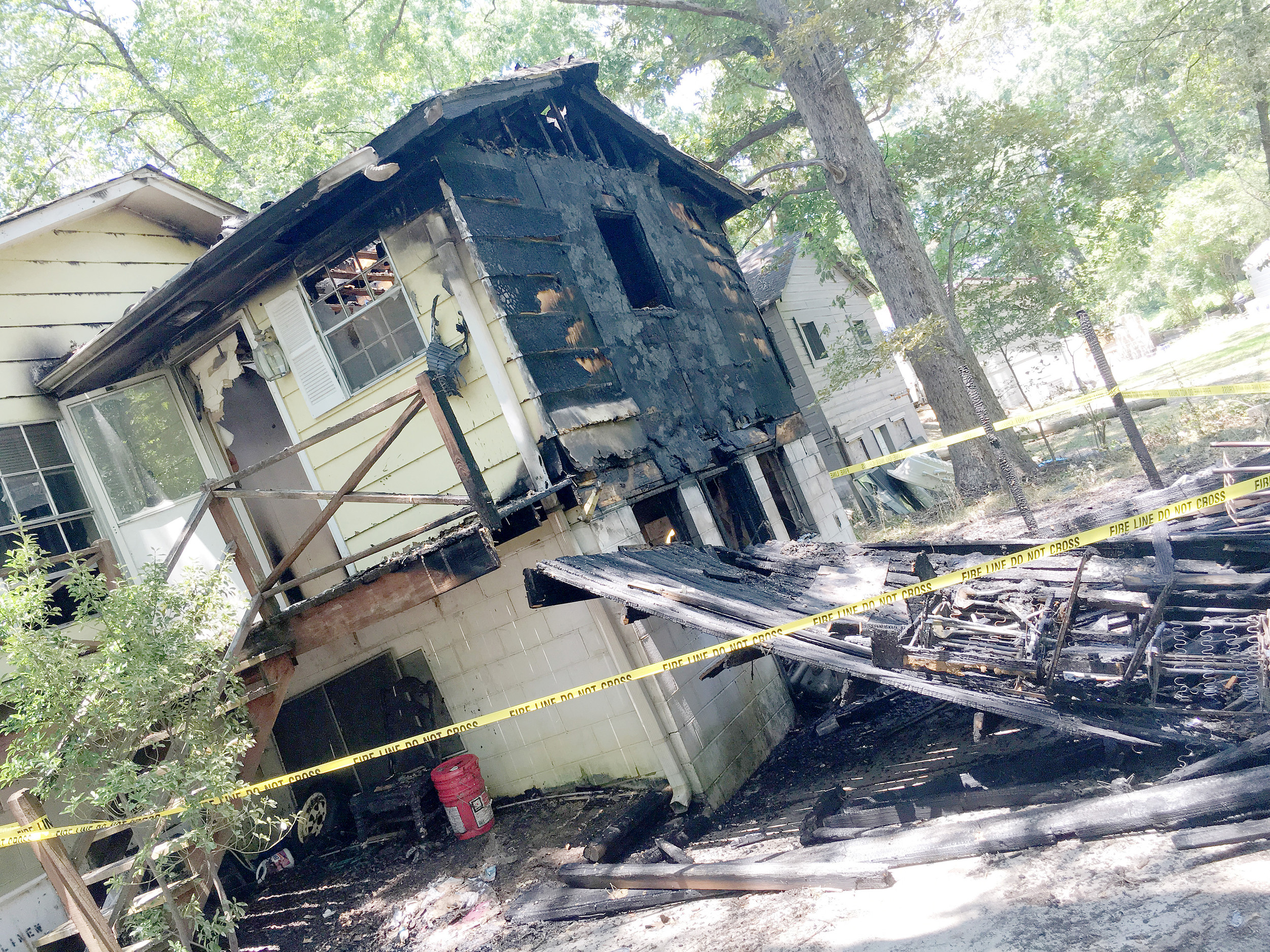 Jasper firefighters are looking into the cause of two separate house fires on Myrtle Drive, but fire department officials believe both may have been intentionally set. Daily Mountain Eagle - James Phillips
