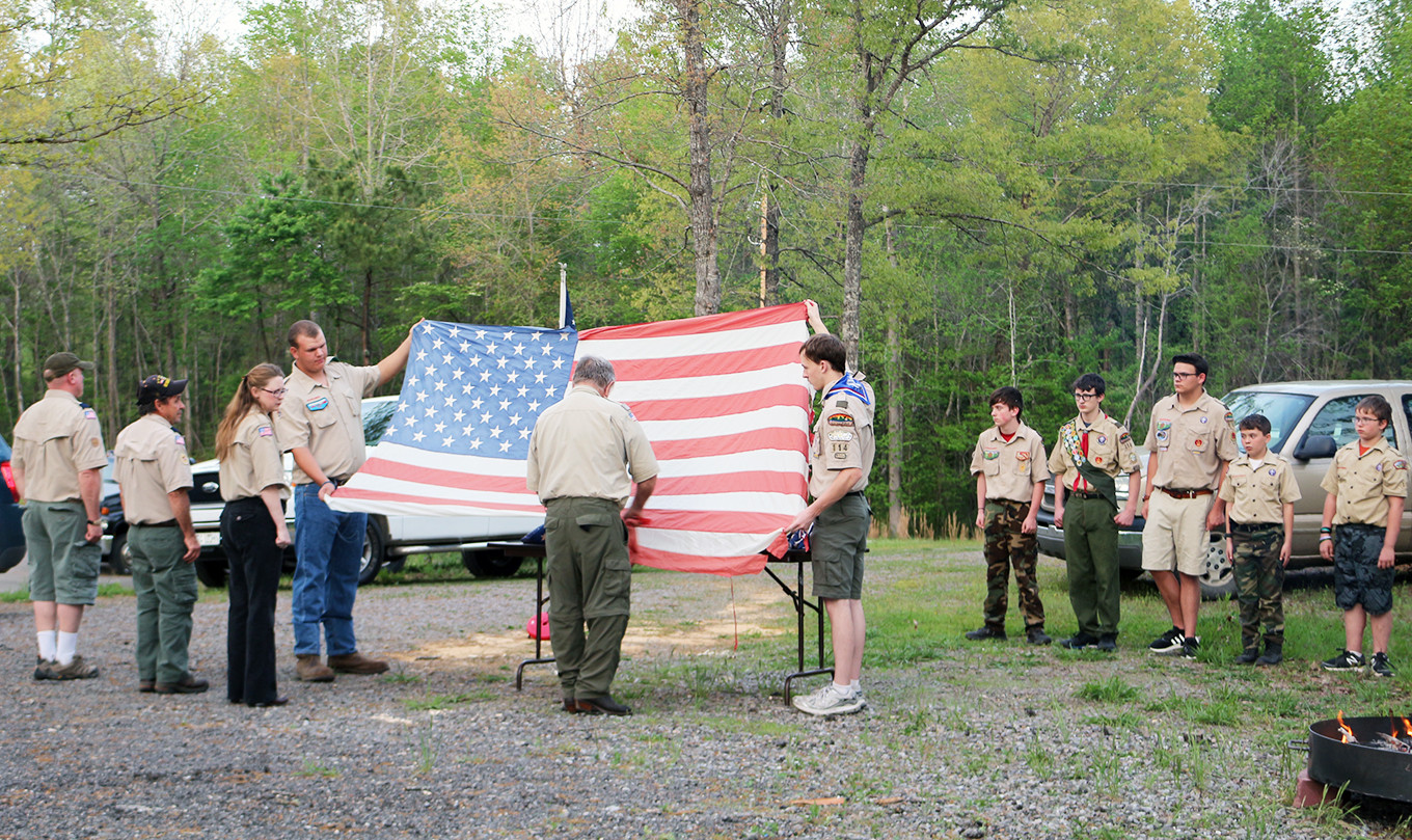 Members of Boy Scout Troop 114 in Cordova held a special ceremony on Friday to retire several American flags that were old and tattered. The ceremony was held outdoors at the Walker County Shiners Club in Jasper in conjunction with the Jasper Elks Lodge. Several military veterans — some who served during World War II, Korea, Vietnam and the Persian Gulf wars — participated in the ceremony.  Daily Mountain Eagle - Elane Jones