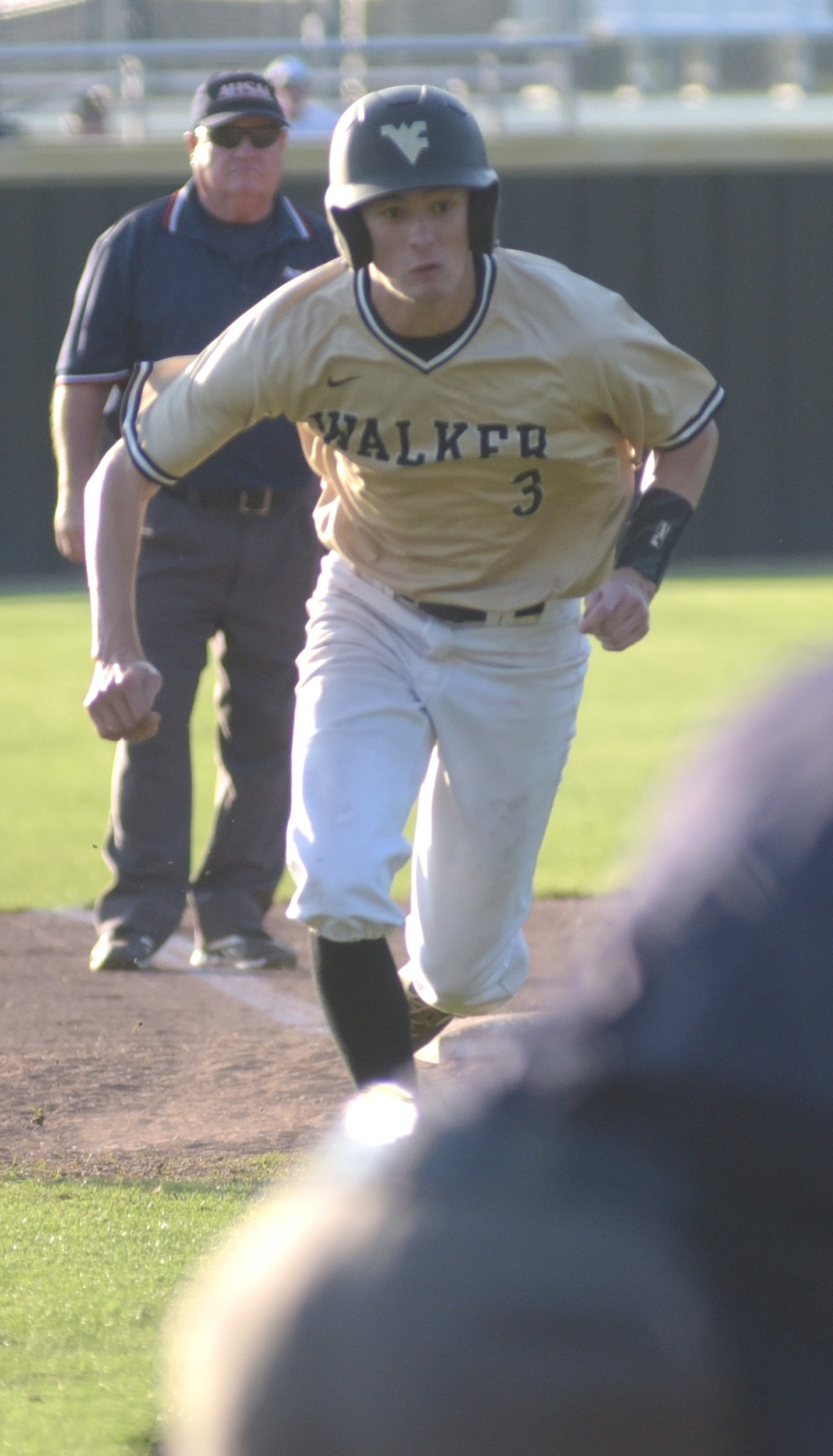 Daily Mountain Eagle - Johnathan Bentley
