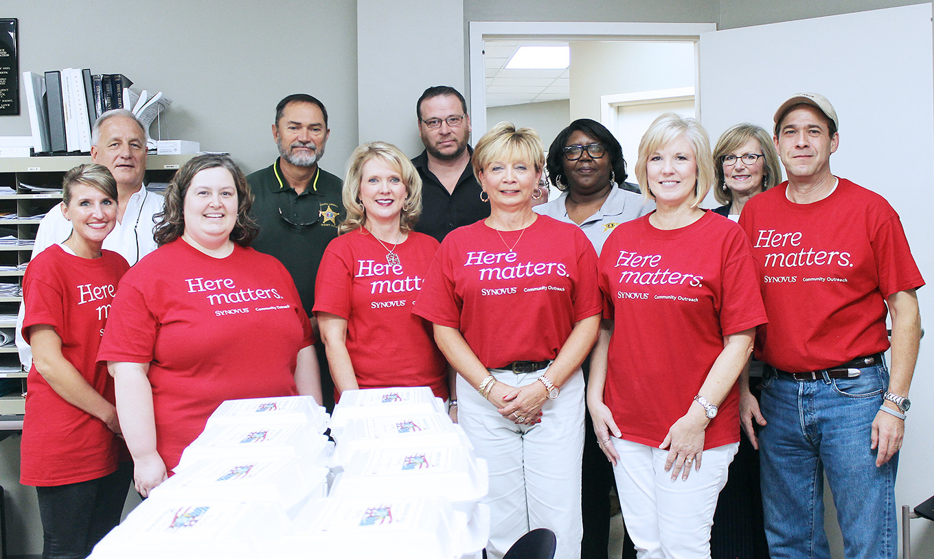 "Employees of First Bank of Jasper delivered nearly 300 meals to the following organizations on Wednesday: Walker County Sheriff's Office, Regional Paramedical Services, Walker Baptist Medical Center emergency room, police departments in Jasper, Dora, Sumiton and Cordova and fire departments in Jasper, Dora and Sumiton. The ""Honor Our Heroes"" lunch, which included grilled hamburgers, sides and dessert, was part of the bank's quarterly ""Here Matters"" community service effort.  Daily Mountain Eagle - Jennifer Cohron"