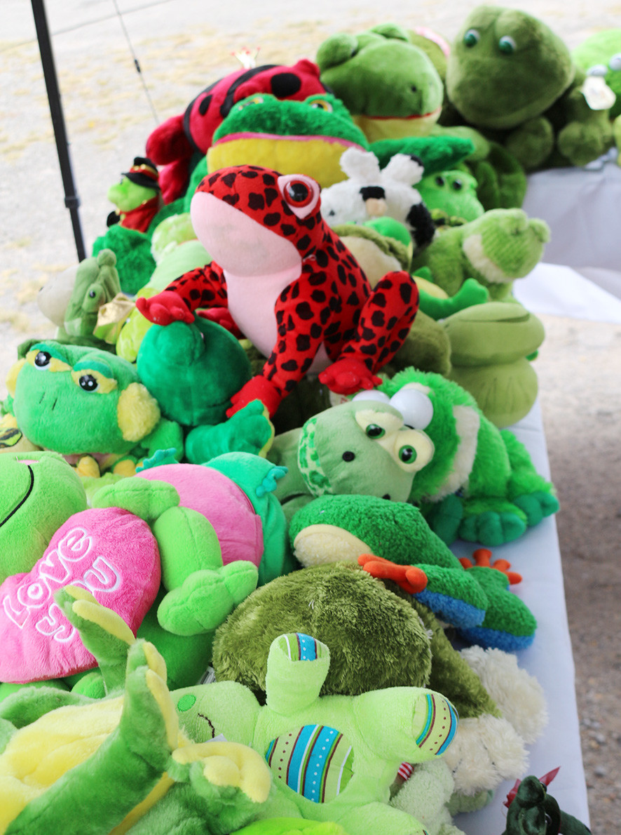 One thing there was plenty of at Saturday's Frog Festival in Sumiton was stuffed frog. City leaders havesaid the annual event was a huge success.  Daily Mountain Eagle - Elane Jones