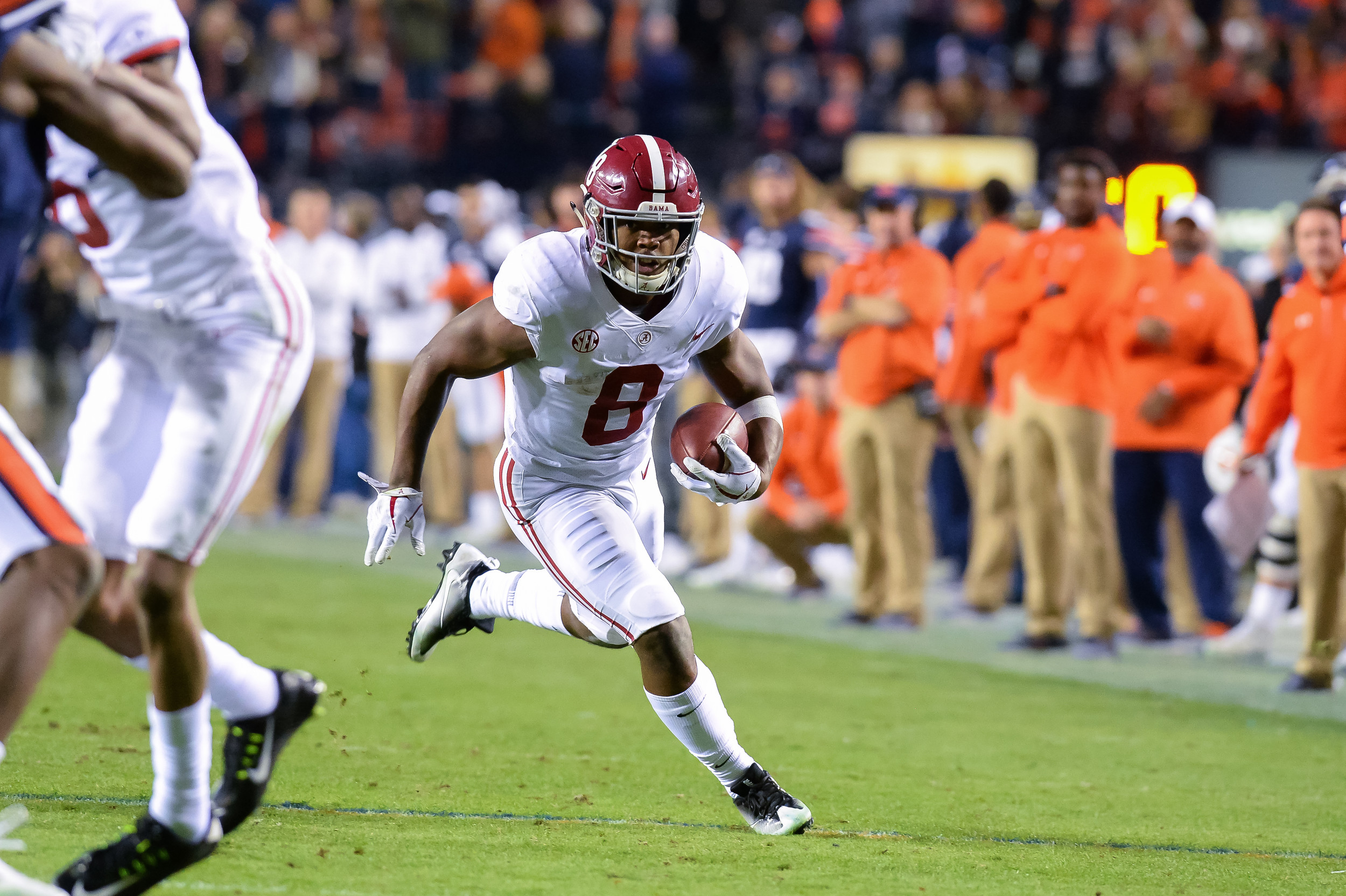 Alabama Crimson Tide running back Josh Jacobs (8) heads upfield during the second half of Saturday's game, at Jordan-Hare Stadium.