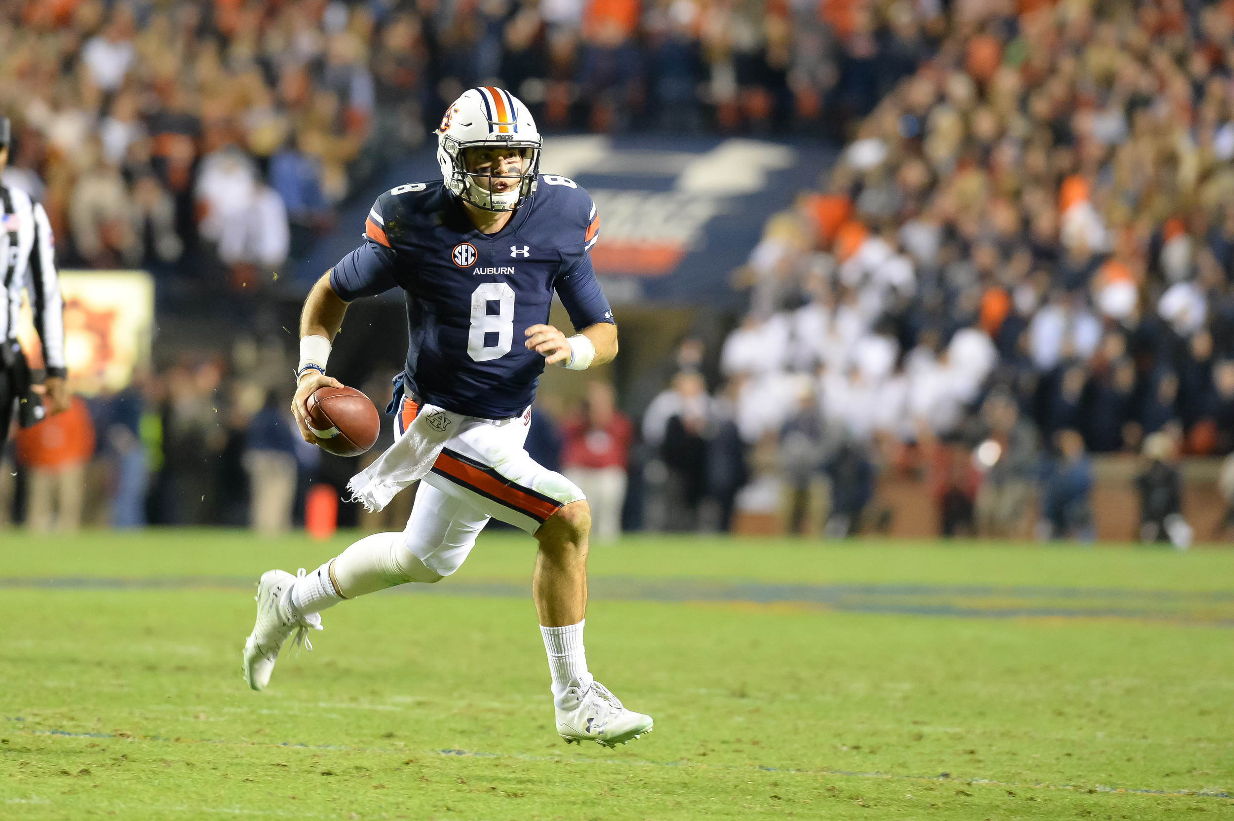 Auburn Tigers quarterback Jarrett Stidham (8) runs for a touchdown during the second half of Saturday's game, at Jordan-Hare Stadium.
