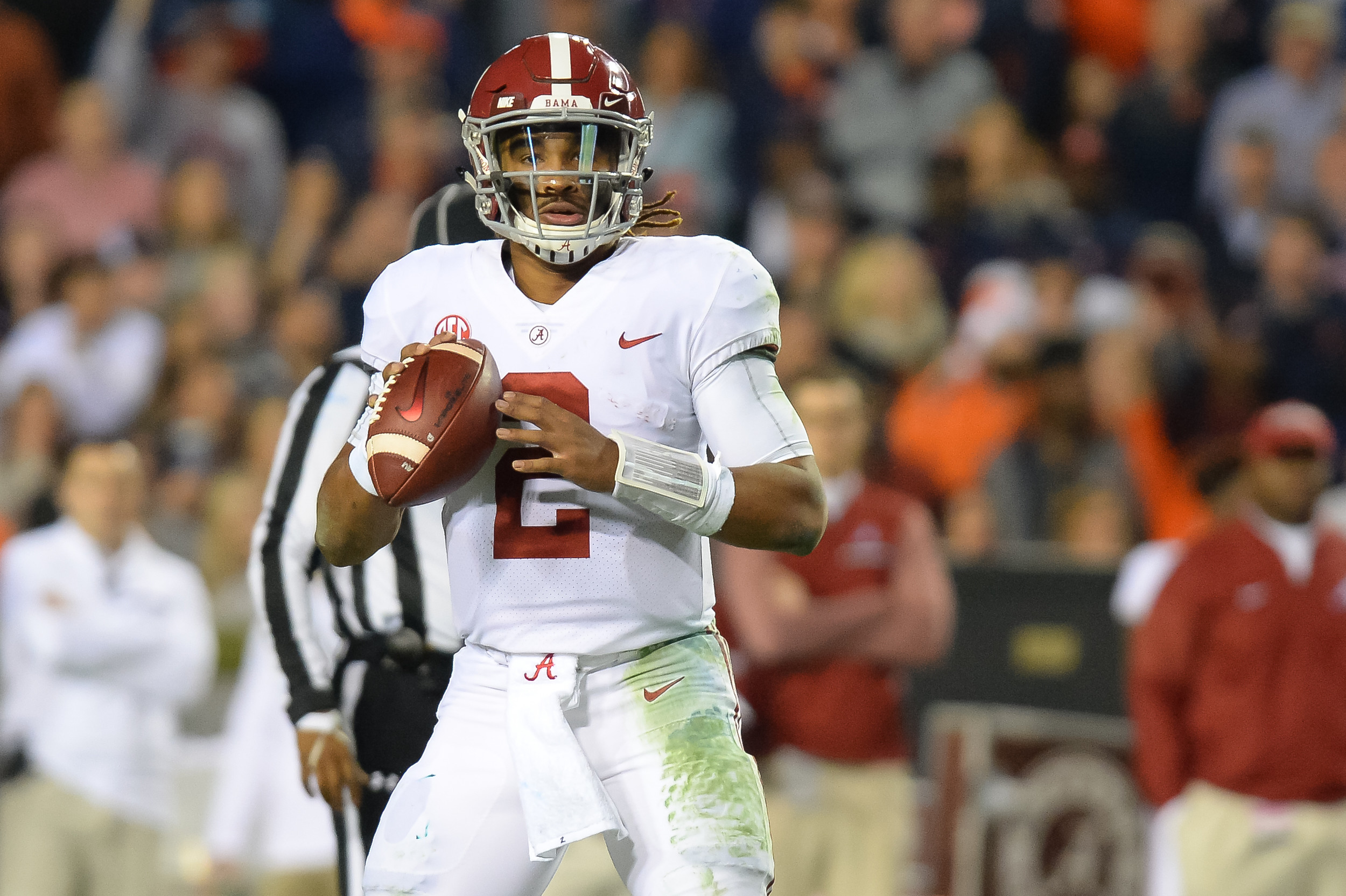 Alabama Crimson Tide quarterback Jalen Hurts (2) looks to pass during the second half of Saturday's game, at Jordan-Hare Stadium.
