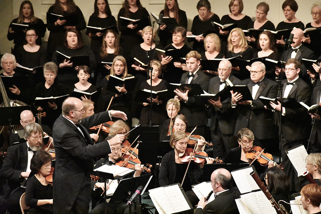 "The Walker County Christian Chorus presented its 35th annual production of Handel's ""Messiah"" Monday night at Jasper's First Baptist Church, under the direction of Dr. John Stallsmith and with accompaniment by members of the Alabama Symphony Orchestra."
