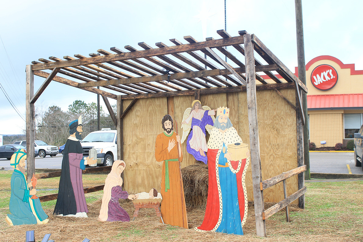 Cities and towns across Walker County have gotten into the Christmas spirit this year.