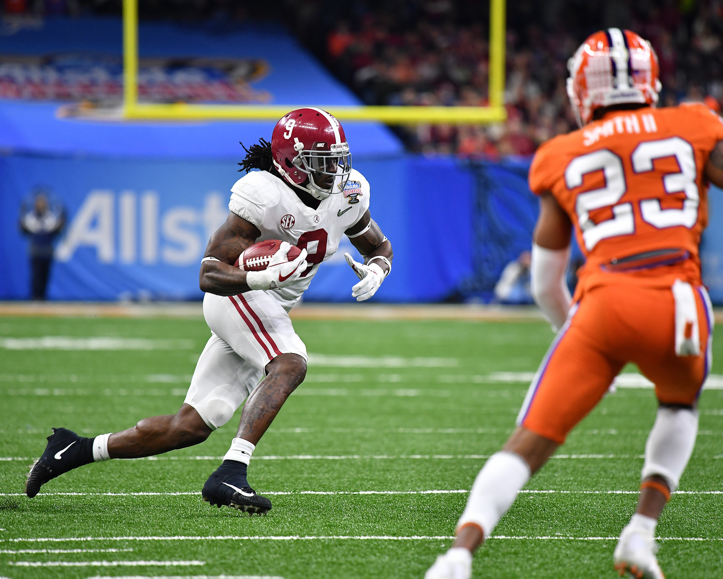 Alabama Crimson Tide running back Bo Scarbrough (9) with a carry in the first half of the 2018 AllState Sugar Bowl on Jan. 1, 2018, at the Mercedes-Benz SuperDome in New Orleans, La. Alabama won the game 24-6. (Photo by Lee Walls)