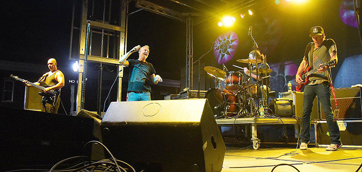 Spin Doctors was the headlining act at the 2017 Foothills Festival in downtown Jasper. Jasper City Council members met Friday in a work session and discussed the budget for the 2018 festival, which is planned for Sept. 7-8.