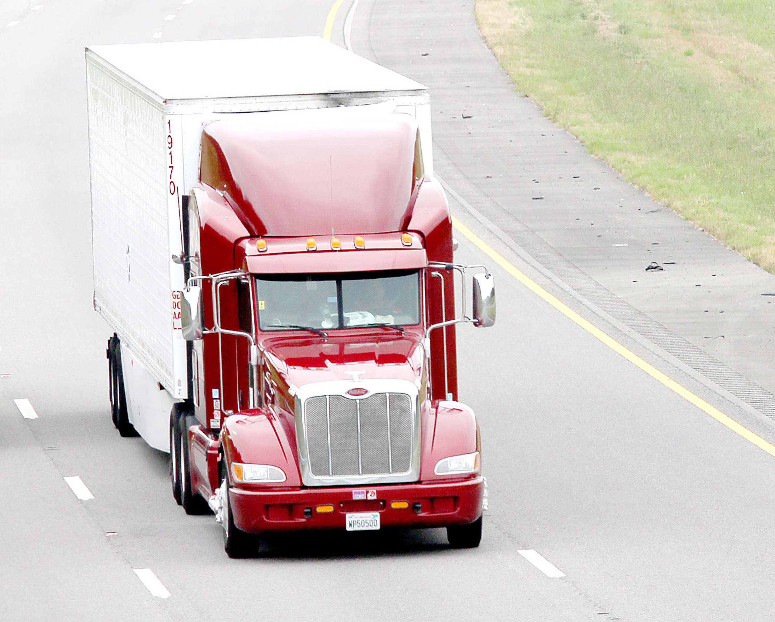 requirements for heavy and tractor-trailer truck drivers