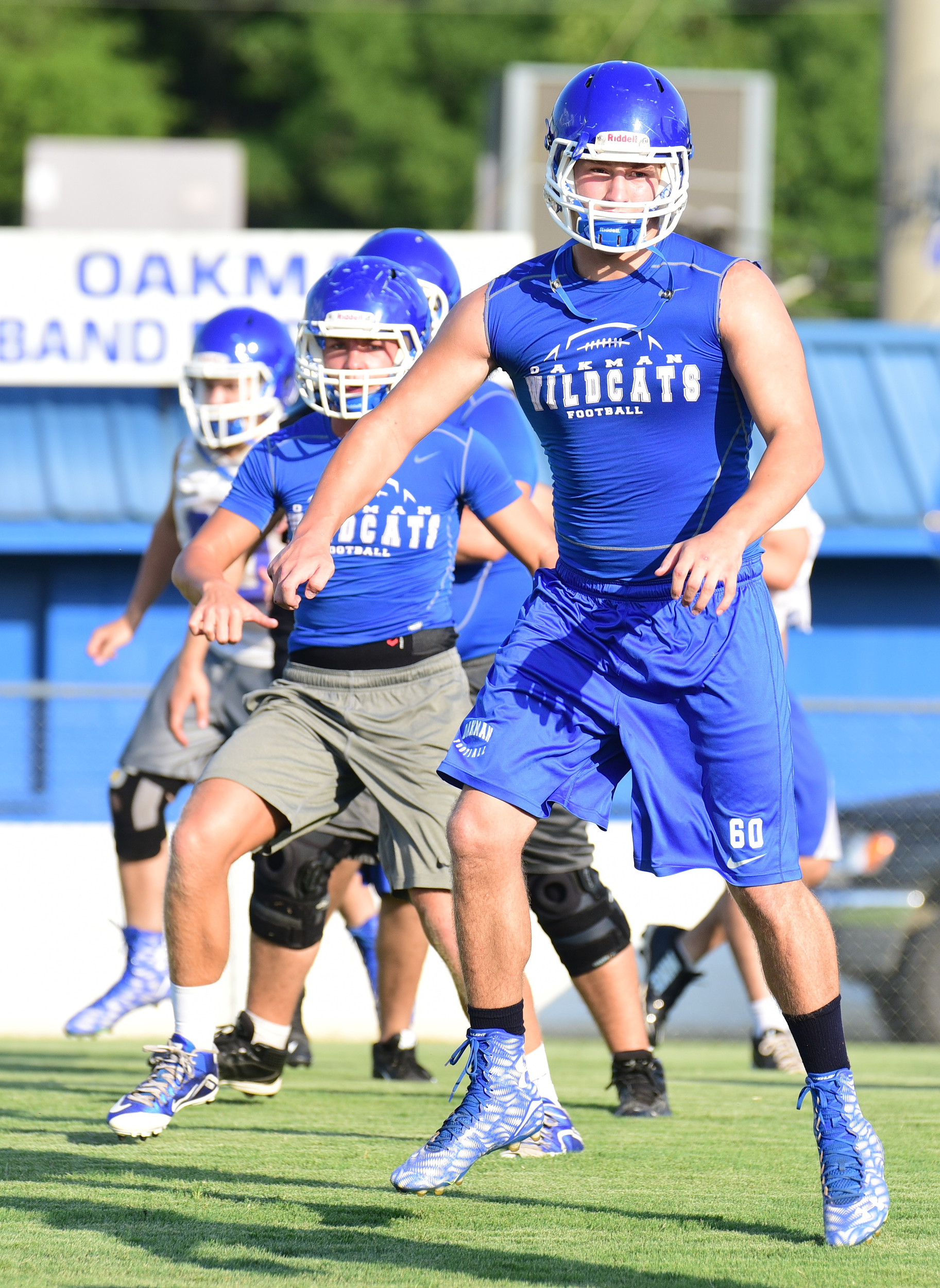 High school football teams hit the practice field | Daily ...
