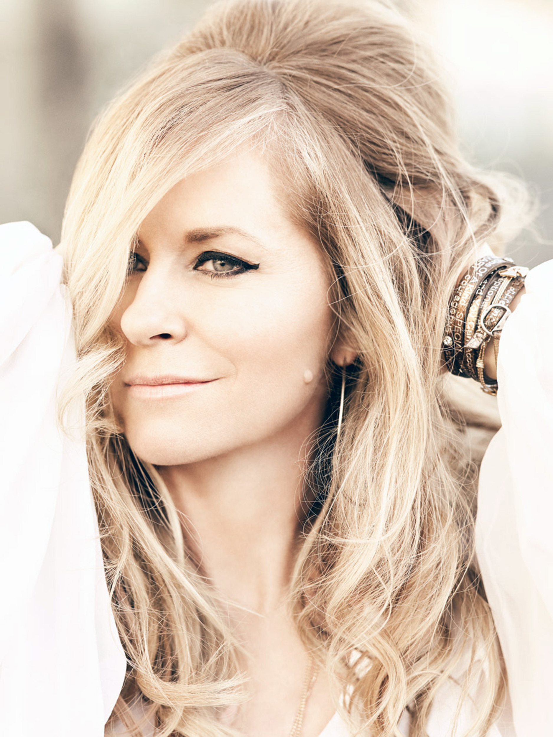 Deana Carter will take the stage at 9 p.m. today to close out the first day of this year�s Foothills Festival in downtown Jasper. � Photo Special to the Eagle