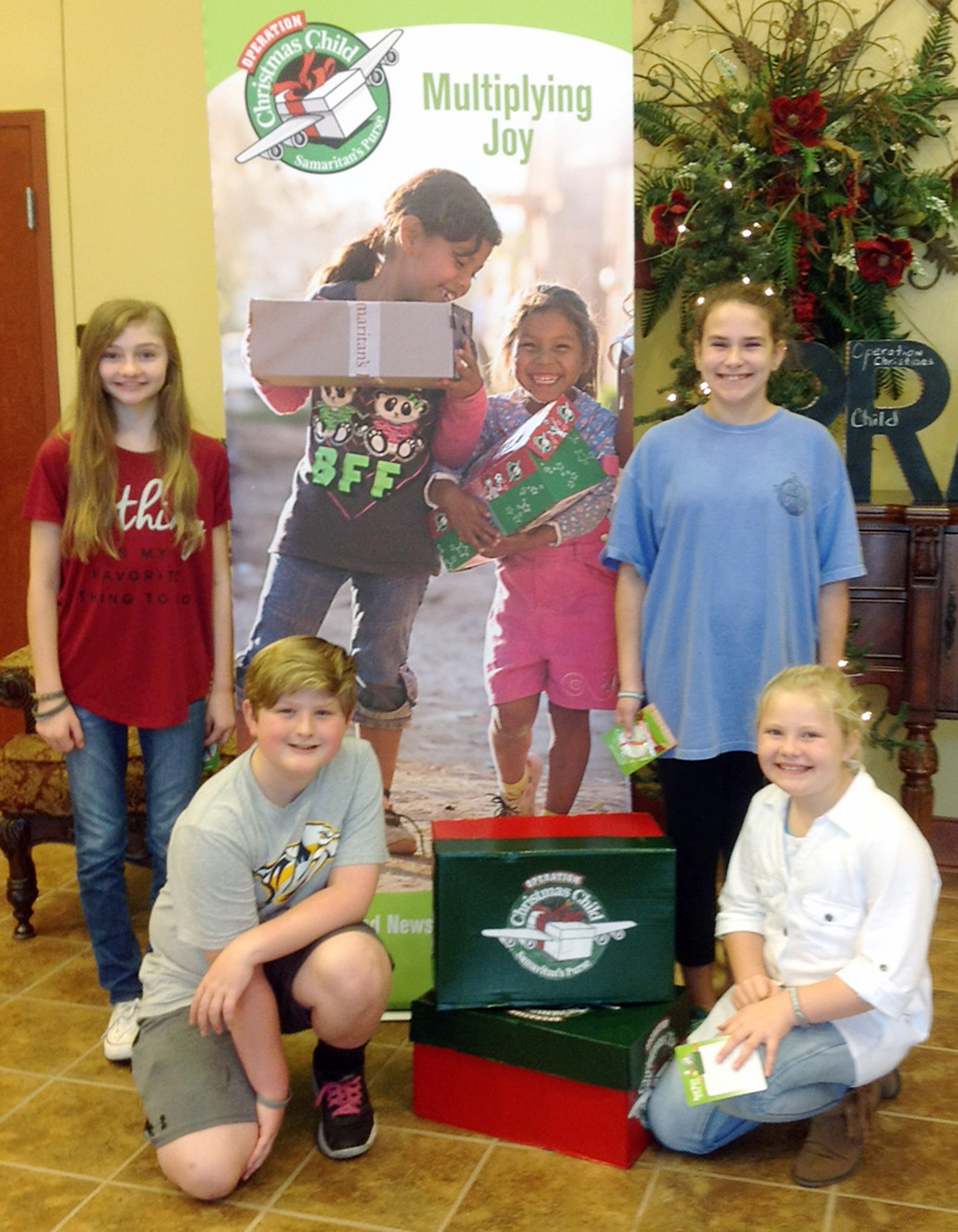 Operation Christmas Child collecting donations