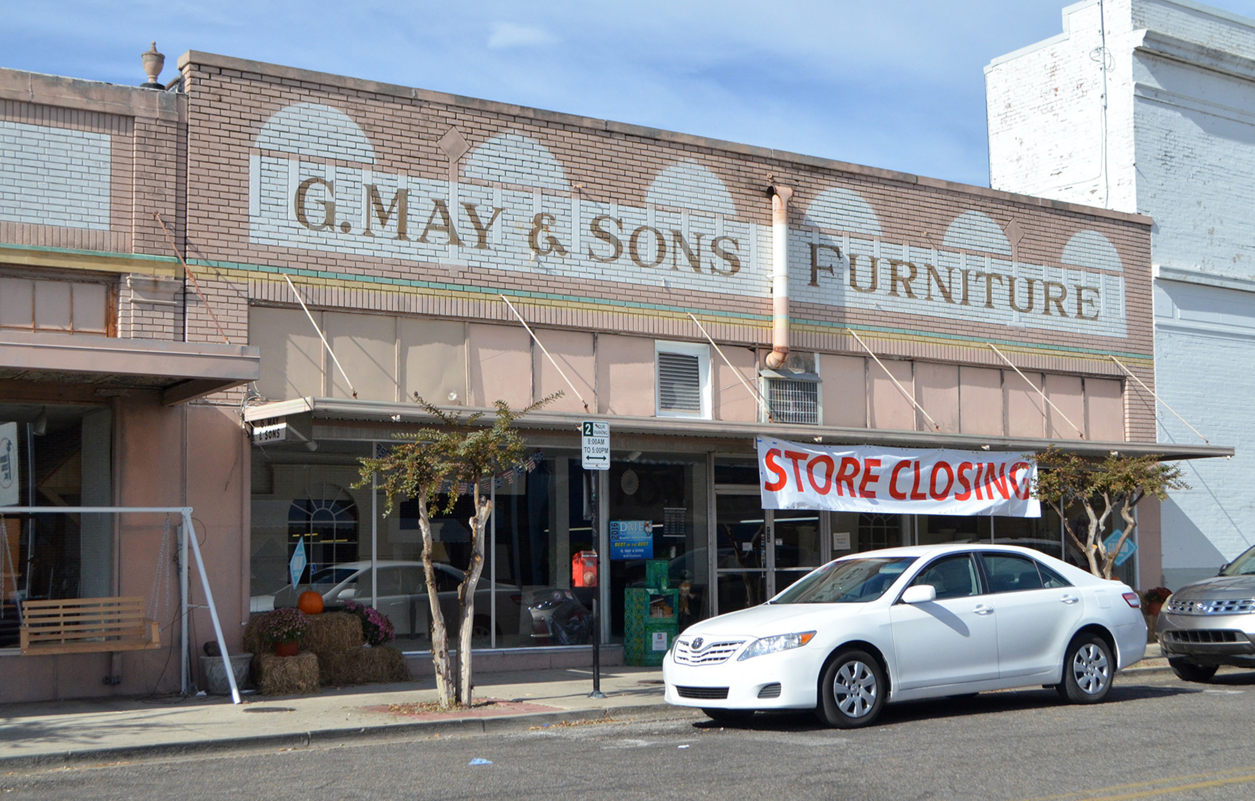 G. May U0026 Sons Furniture In Downtown Jasper Has Been Holding A Store Closing  Sale