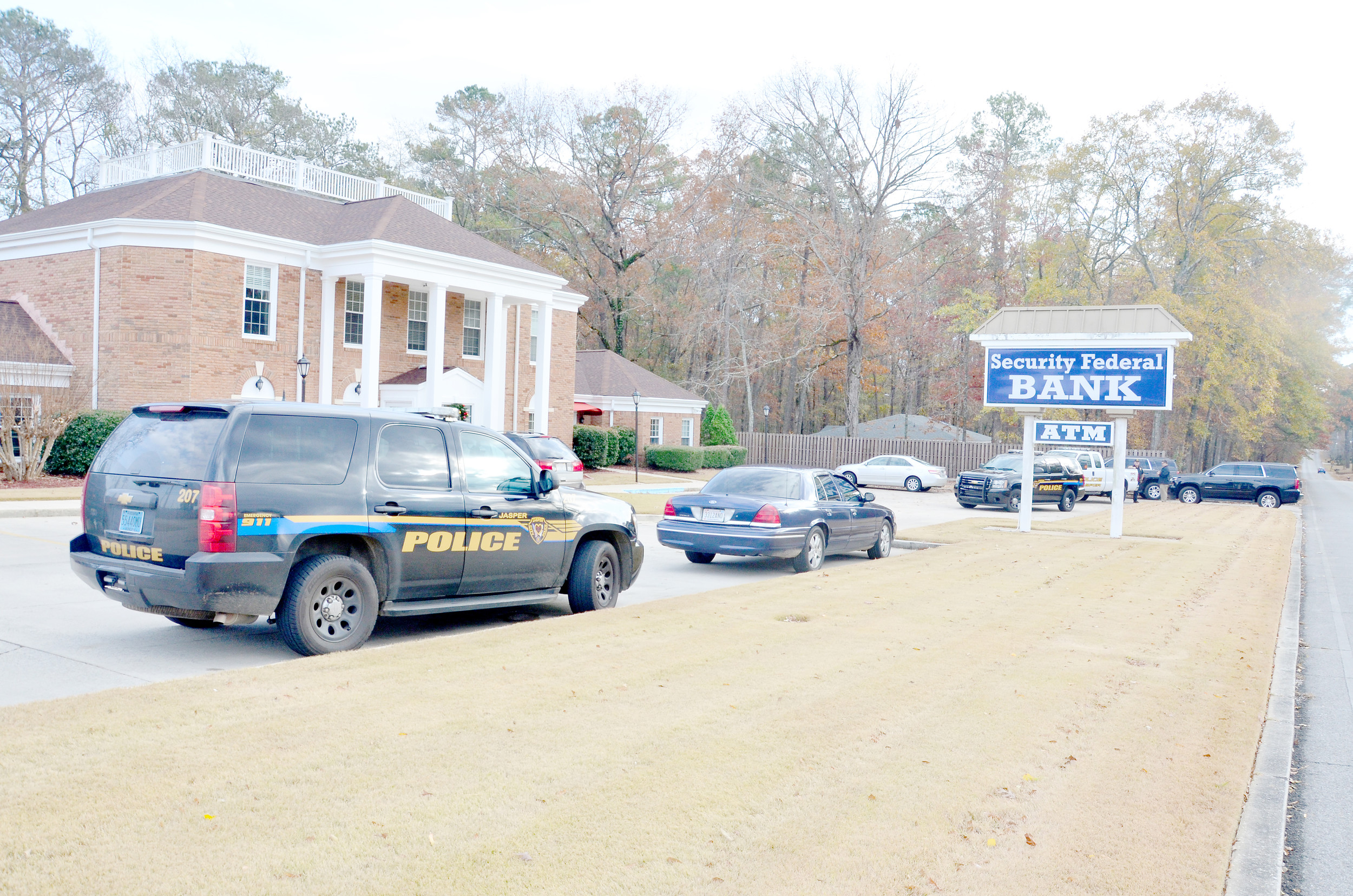 Security Federal Bank robbed at gunpoint | Daily Mountain Eagle