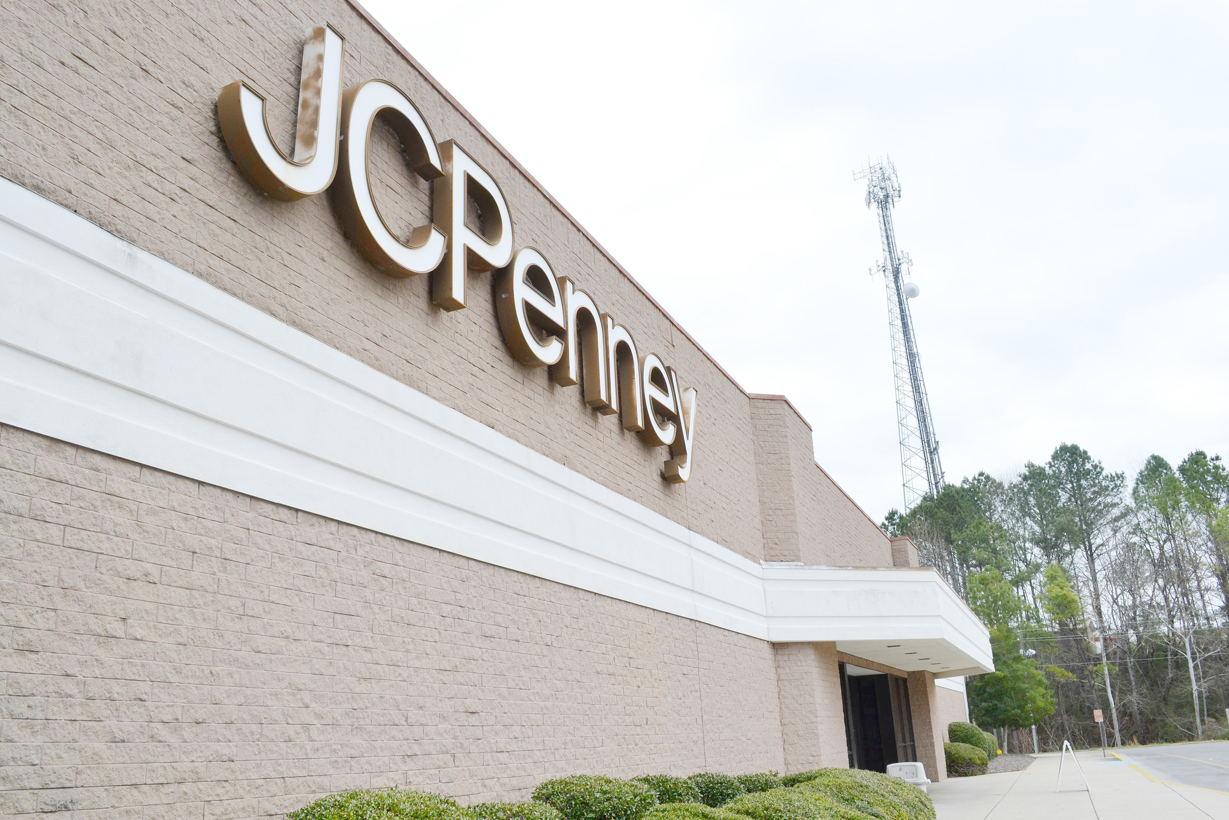 An announcement was made Friday that JCPenney was closing 138 stores nationwide, including the one in Jasper Mall. Daily Mountain Eagle - Ed Howell