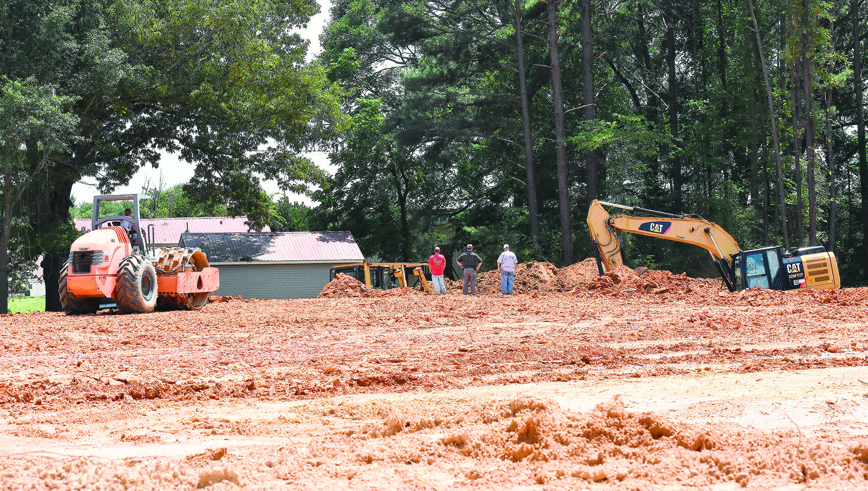 Construction under way on new Tractor Supply   Daily