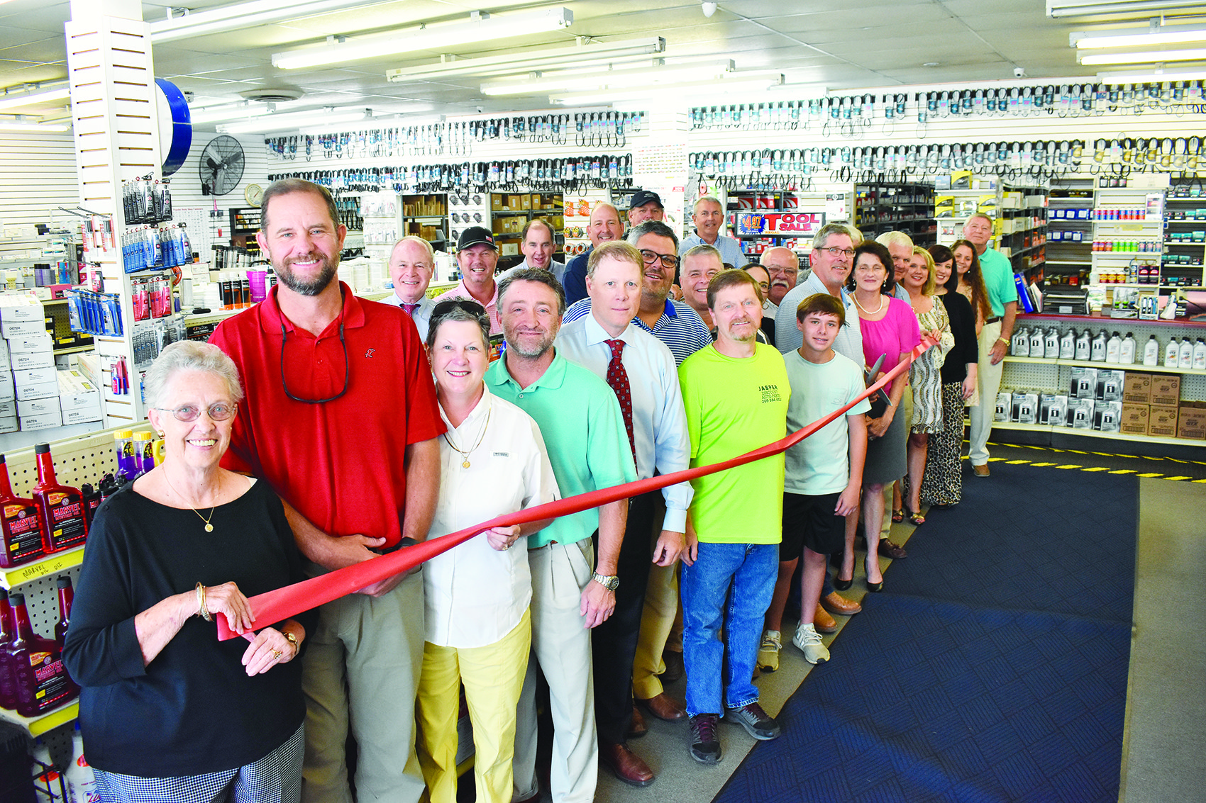 Jasper Discount Auto Parts recently held its ribbon cutting on July 26 after moving the old Lawson Auto Parts to Parkland Shopping Center with a new name.