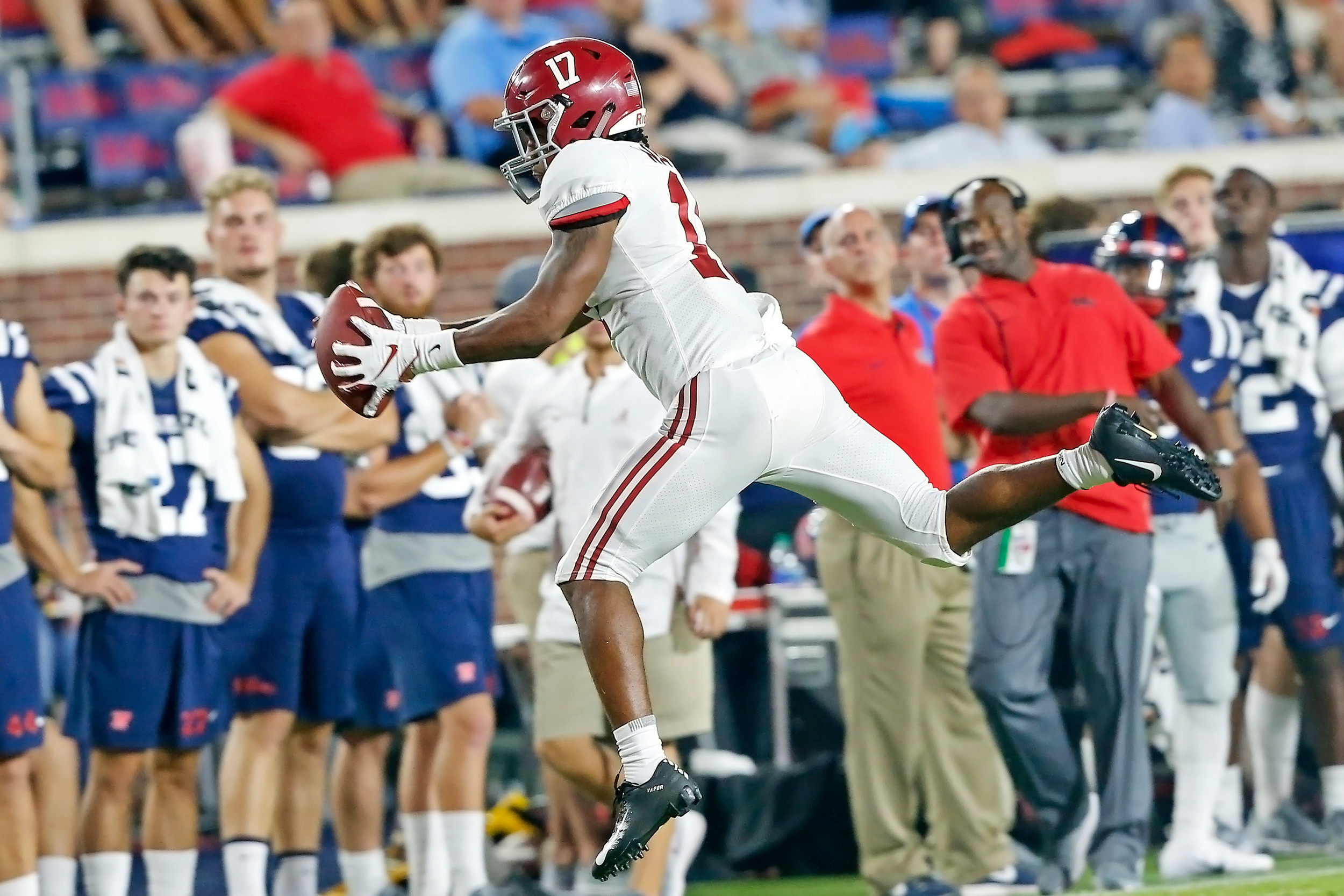 Alabama Crimson Tide wide receiver Jaylen Waddle (17) makes an acrobatic reception during the game between the University of Alabama and Ole Miss at Vaught-Hemingway Stadium. Jason Clark / Daily Mountain Eagle