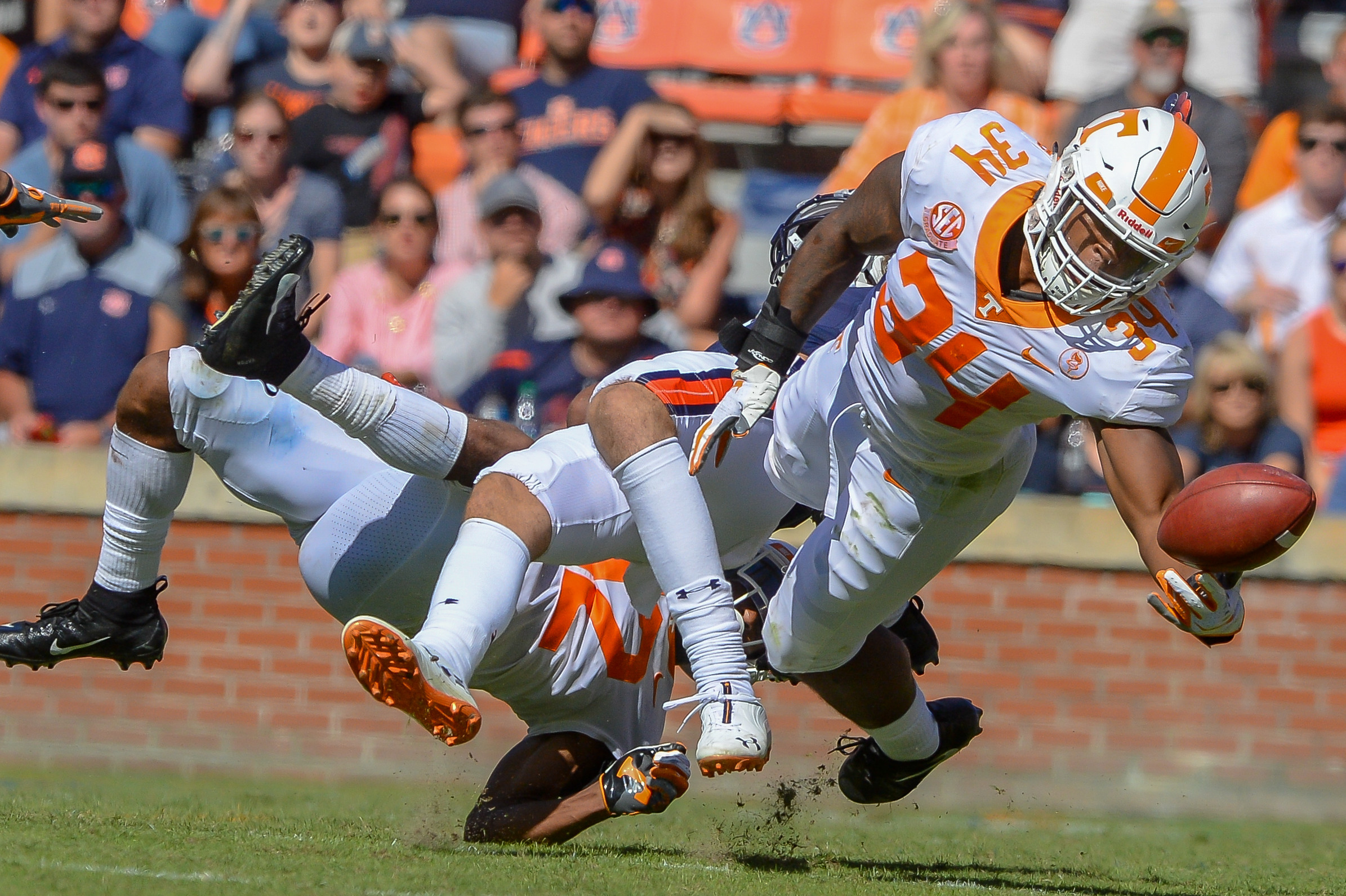 Tennessee Volunteers linebacker Darrin Kirkland Jr. (34) tries to catch a deflected pass during the second half of Saturday's game, at Jordan-Hare Stadium in Auburn, AL. Daily Mountain Eagle -  Jeff Johnsey