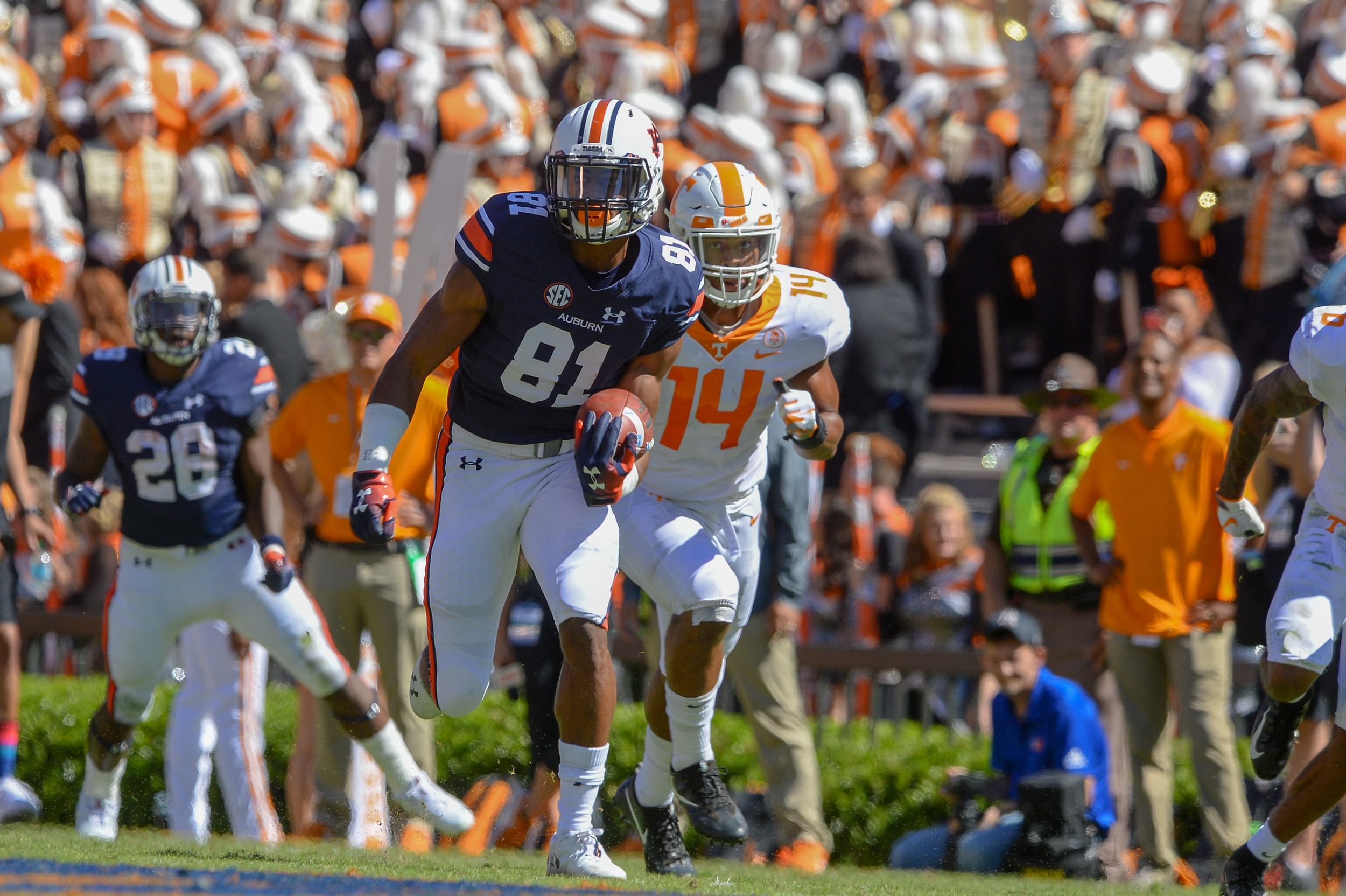 Auburn Tigers wide receiver Darius Slayton (81) is chased by Tennessee Volunteers linebacker Quart'e Sapp (14) during the first half of Saturday's game, at Jordan-Hare Stadium in Auburn, AL. Daily Mountain Eagle -  Jeff Johnsey