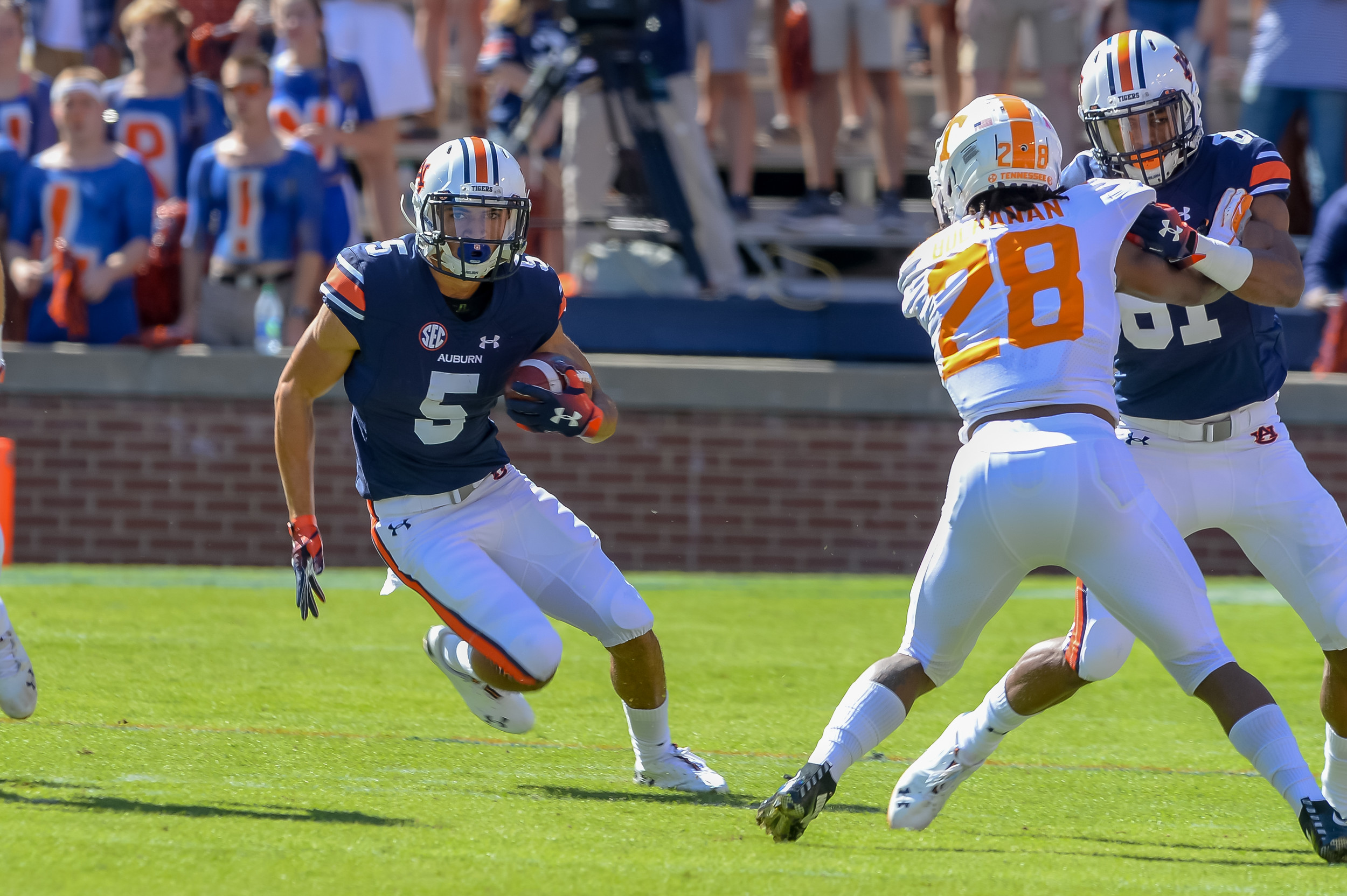 Auburn Tigers wide receiver Anthony Schwartz (5) runs during the first half of Saturday's game, at Jordan-Hare Stadium in Auburn, AL. Daily Mountain Eagle -  Jeff Johnsey