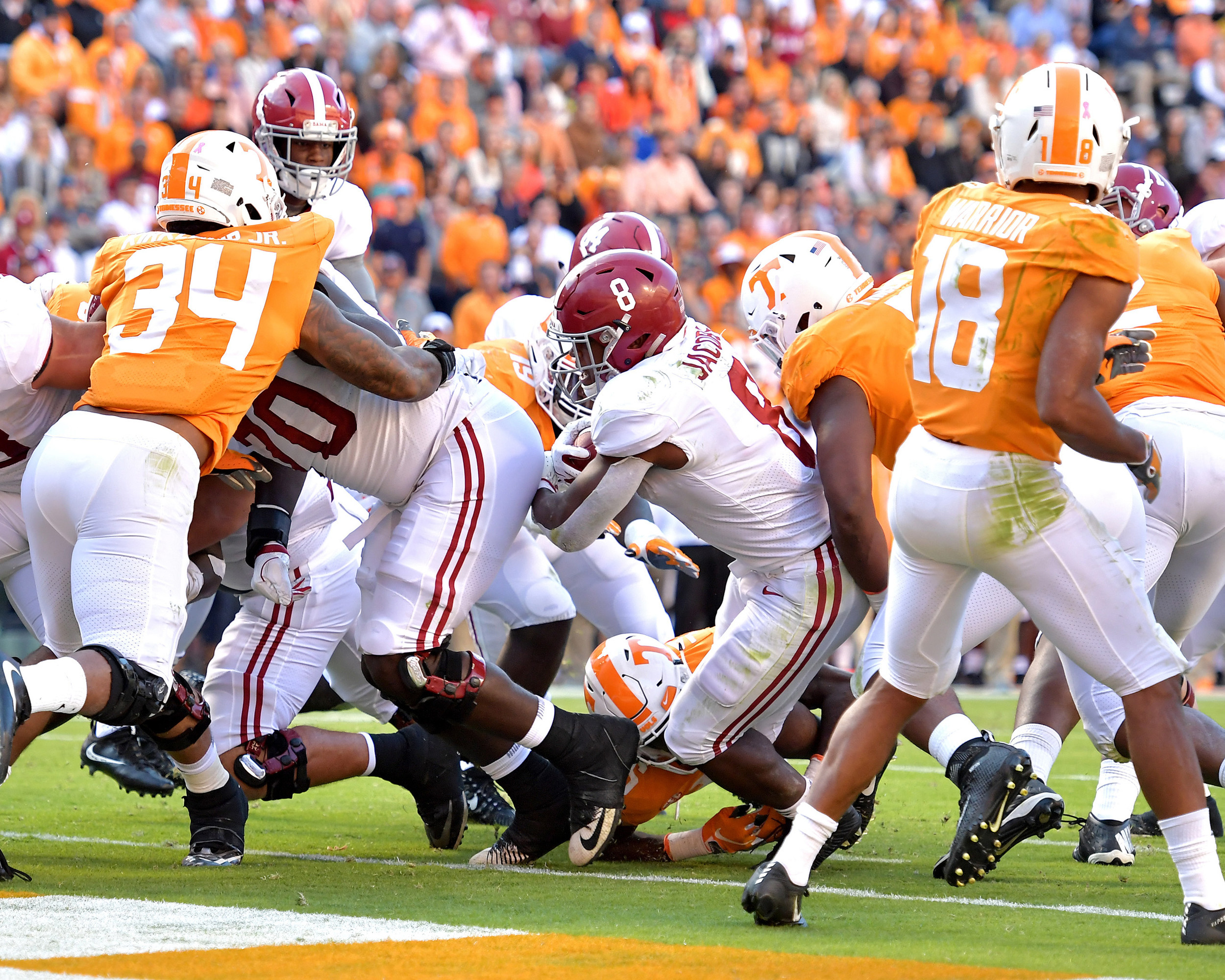 Alabama Crimson Tide running back Josh Jacobs (8) on his way to a touchdown in the second quarter of the Alabama at Tennessee NCAA football game on Saturday, Oct. 20, 2018, at Neyland Stadium in Knoxville. Tenn. Alabama wins 58-21. (Photo by Lee Walls)