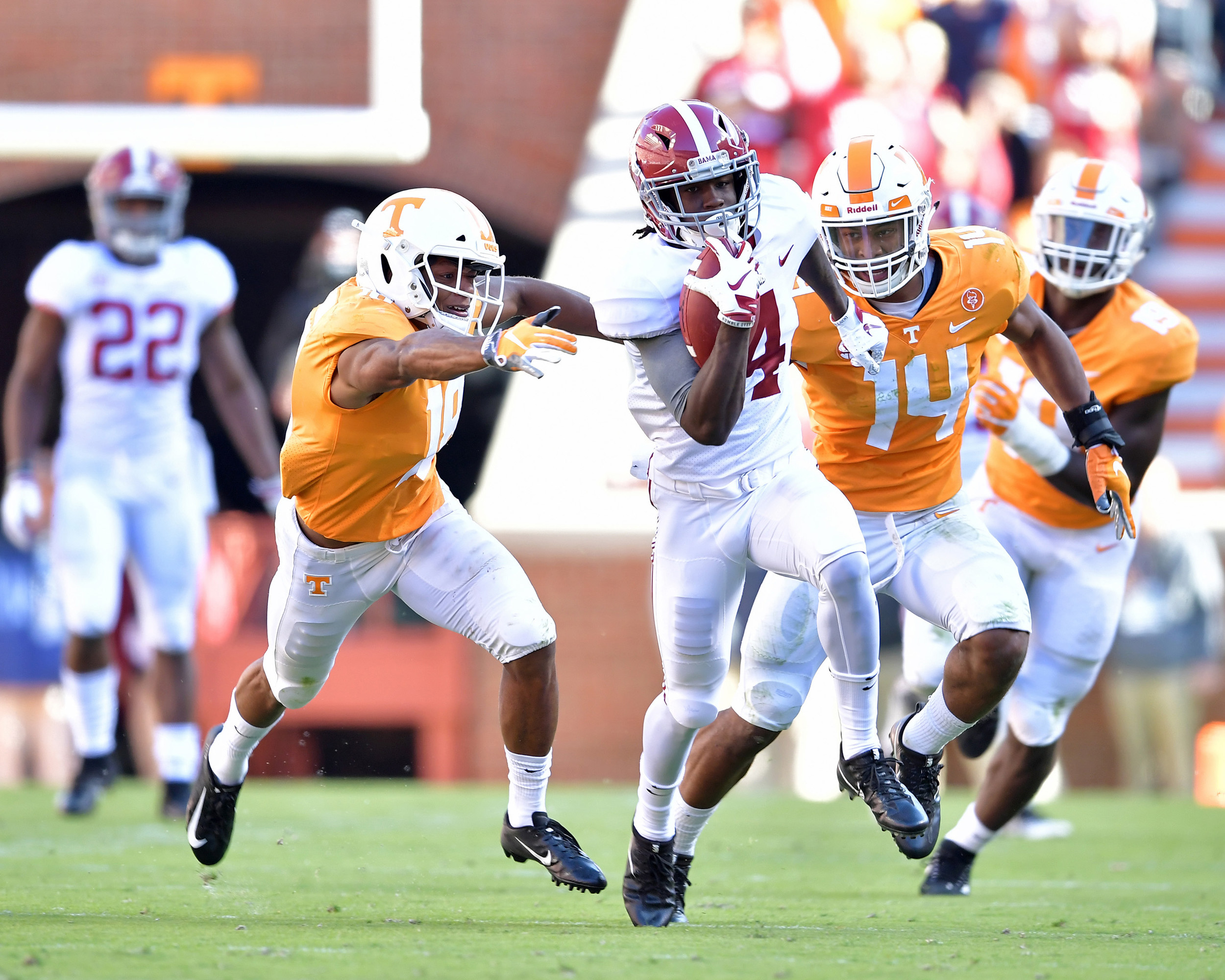 Alabama Crimson Tide wide receiver Jerry Jeudy adds yards after the reception for a first down during the first half of the Alabama at Tennessee NCAA football game on Saturday, Oct. 20, 2018, at Neyland Stadium in Knoxville. Tenn. Alabama wins 58-21. (Photo by Lee Walls)