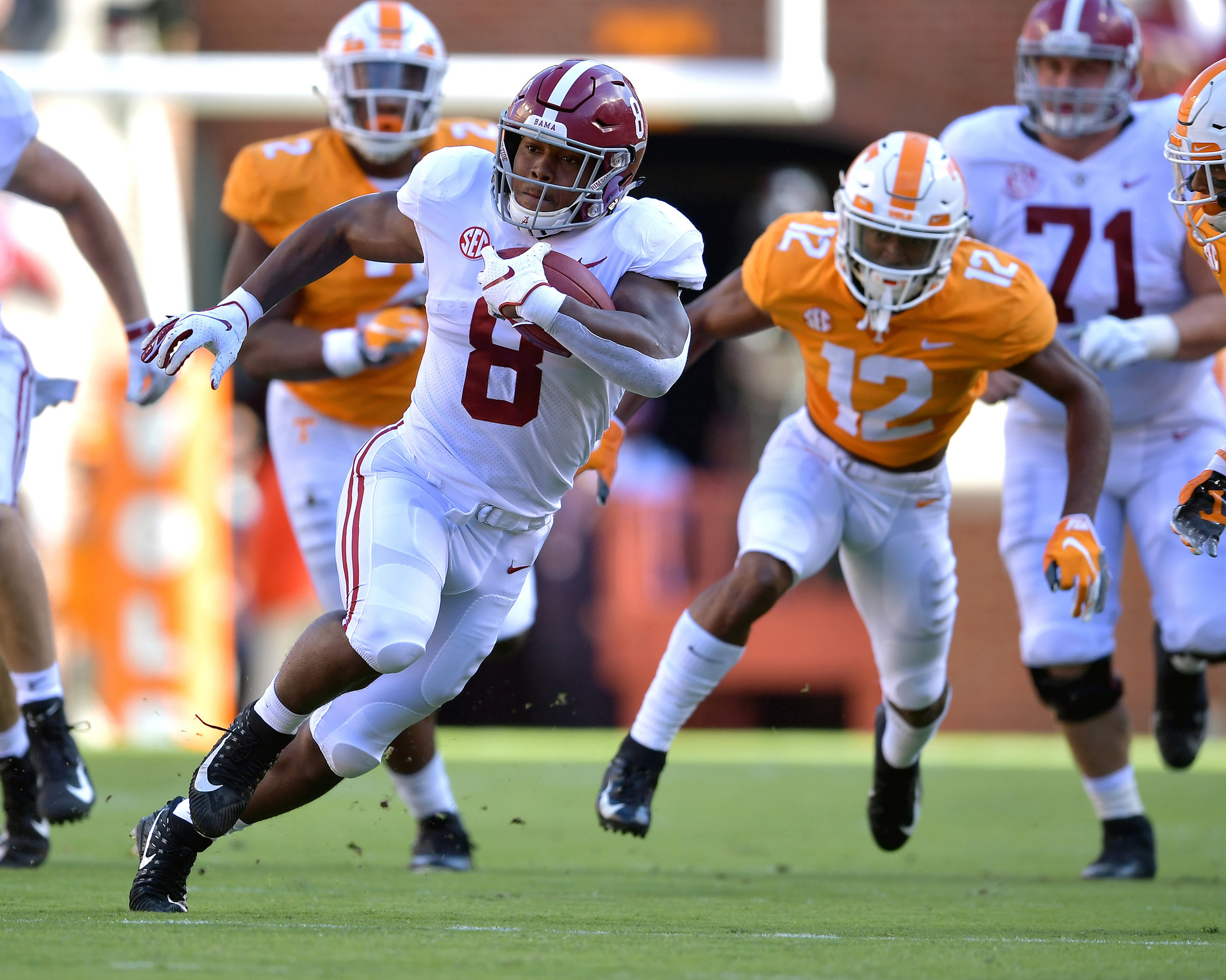 Alabama Crimson Tide running back Josh Jacobs (8) with a carry in the first half of the Alabama at Tennessee NCAA football game on Saturday, Oct. 20, 2018, at Neyland Stadium in Knoxville. Tenn. Alabama wins 58-21. (Photo by Lee Walls)