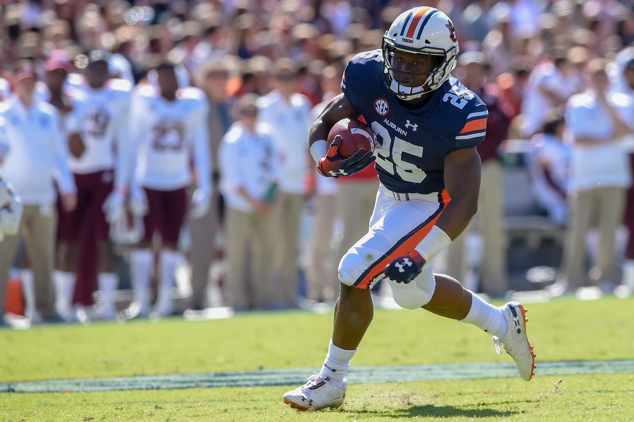 Auburn Tigers running back Shaun Shivers (25) runs during the first half of an NCAA football game against the Texas A&M Aggies Saturday, November 3, 2018, at Jordan-Hare Stadium in Auburn, Ala. (Photo by Jeff Johnsey)