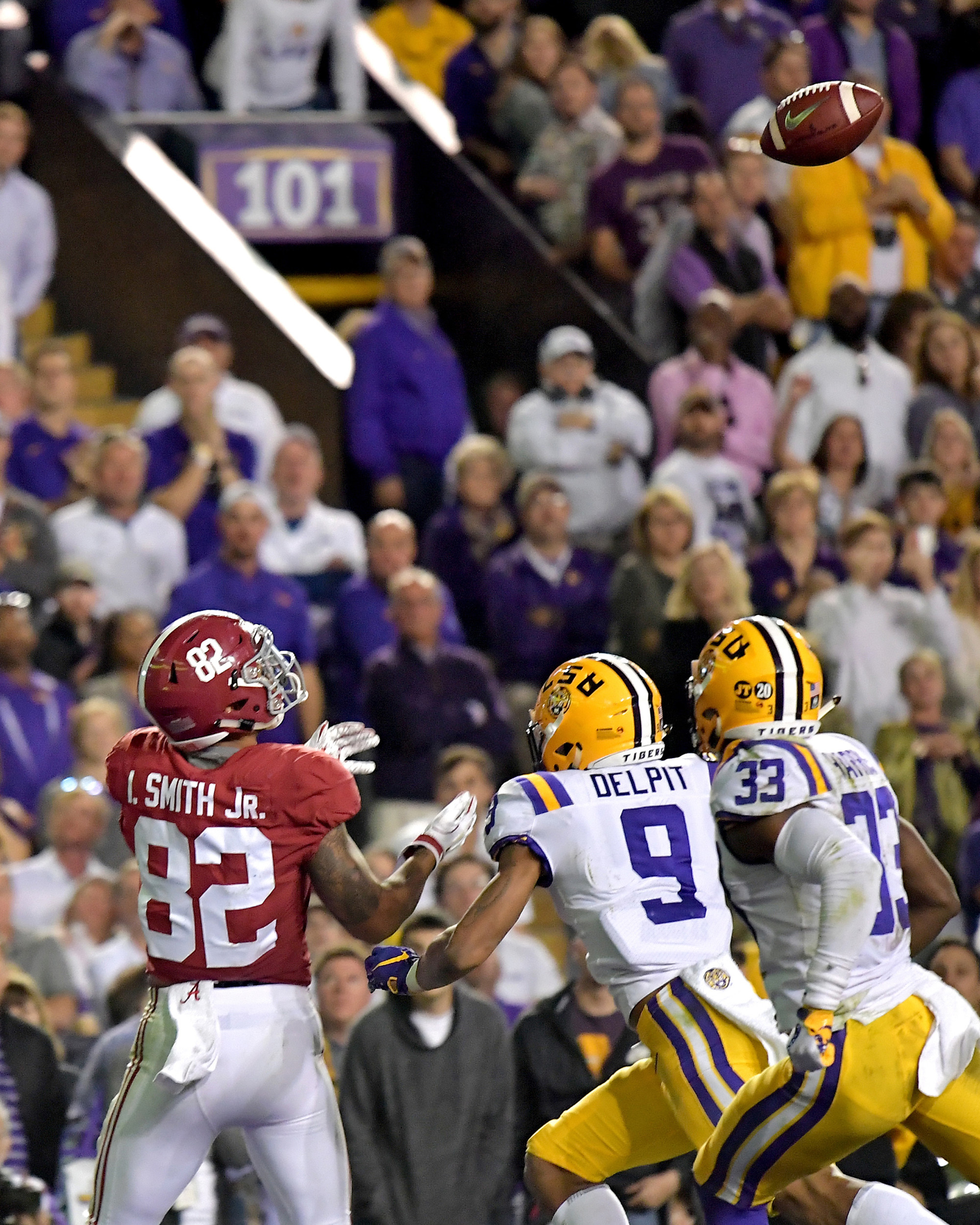 Alabama Crimson Tide tight end Irv Smith Jr. (82) prepares to make a catch for a touchdown in the first half of an NCAA football game against the LSU Tigers Saturday, November 3, 2018, at Tiger Stadium in Baton Rouge, La. Alabama wins 29-0. (Photo by Lee Walls)
