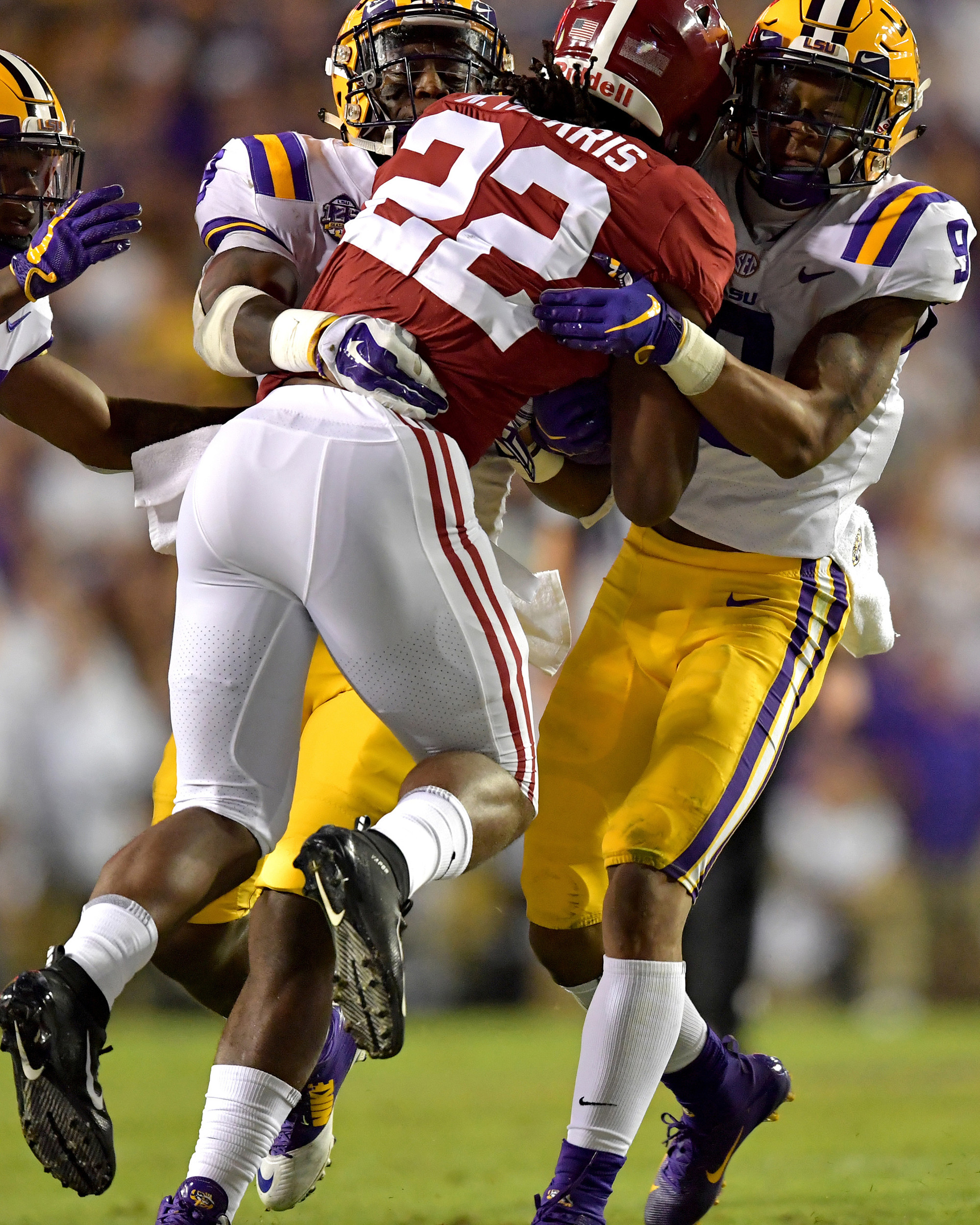 Alabama Crimson Tide running back Najee Harris (22) with a carry in the first half of an NCAA football game against the LSU Tigers Saturday, November 3, 2018, at Tiger Stadium in Baton Rouge, La. Alabama wins 29-0. (Photo by Lee Walls)