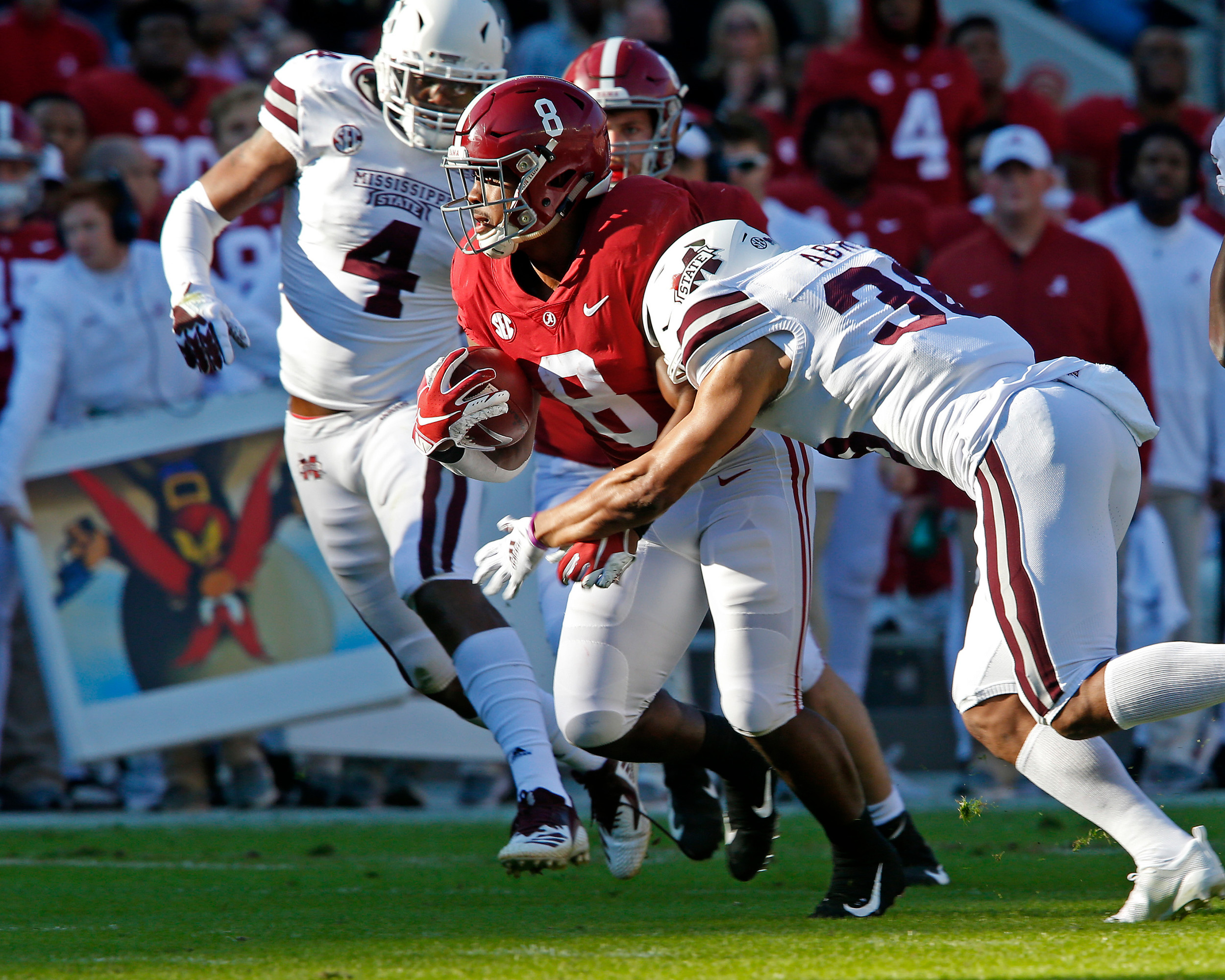 Alabama Crimson Tide running back Josh Jacobs (8) rushes during the game between Mississippi State and the University of Alabama at Bryant-Denny Stadium in Tuscaloosa, Al. Credit: Jason Clark / Daily Mountain Eagle