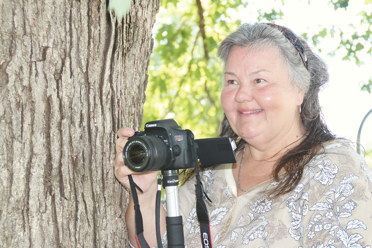 Capturing a moment: Flora Freeman documents events on ...