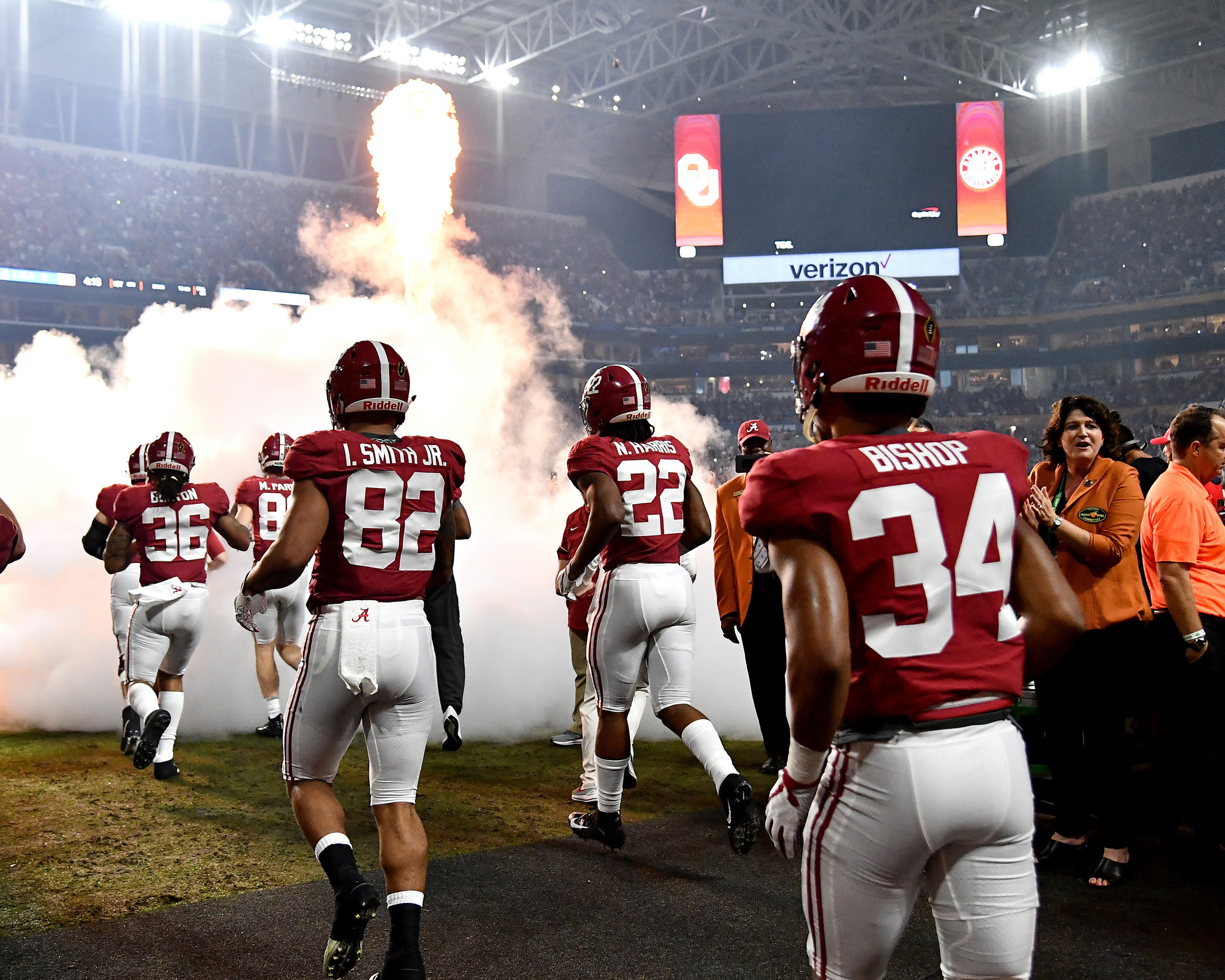 Players take the field prior to the kickoff of the Capital One Orange Bowl, featuring the Alabama Crimson Tide and the Oklahoma Sooners, at Hard Rock Stadium in Miami Gardens, Fla., Saturday, Dec. 29, 2018. Alabama wins 45-34. (Photo by Lee Walls)