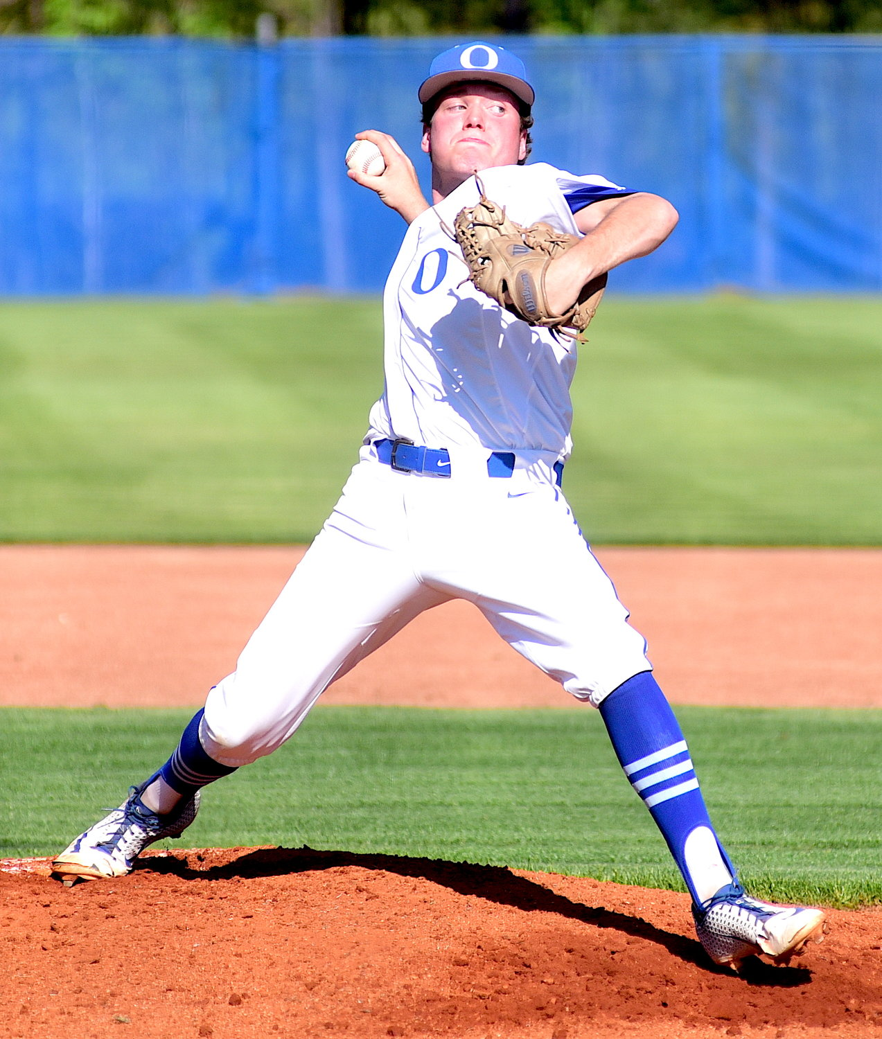JonDawson Tittle throws a pitch against Hale County on Monday,