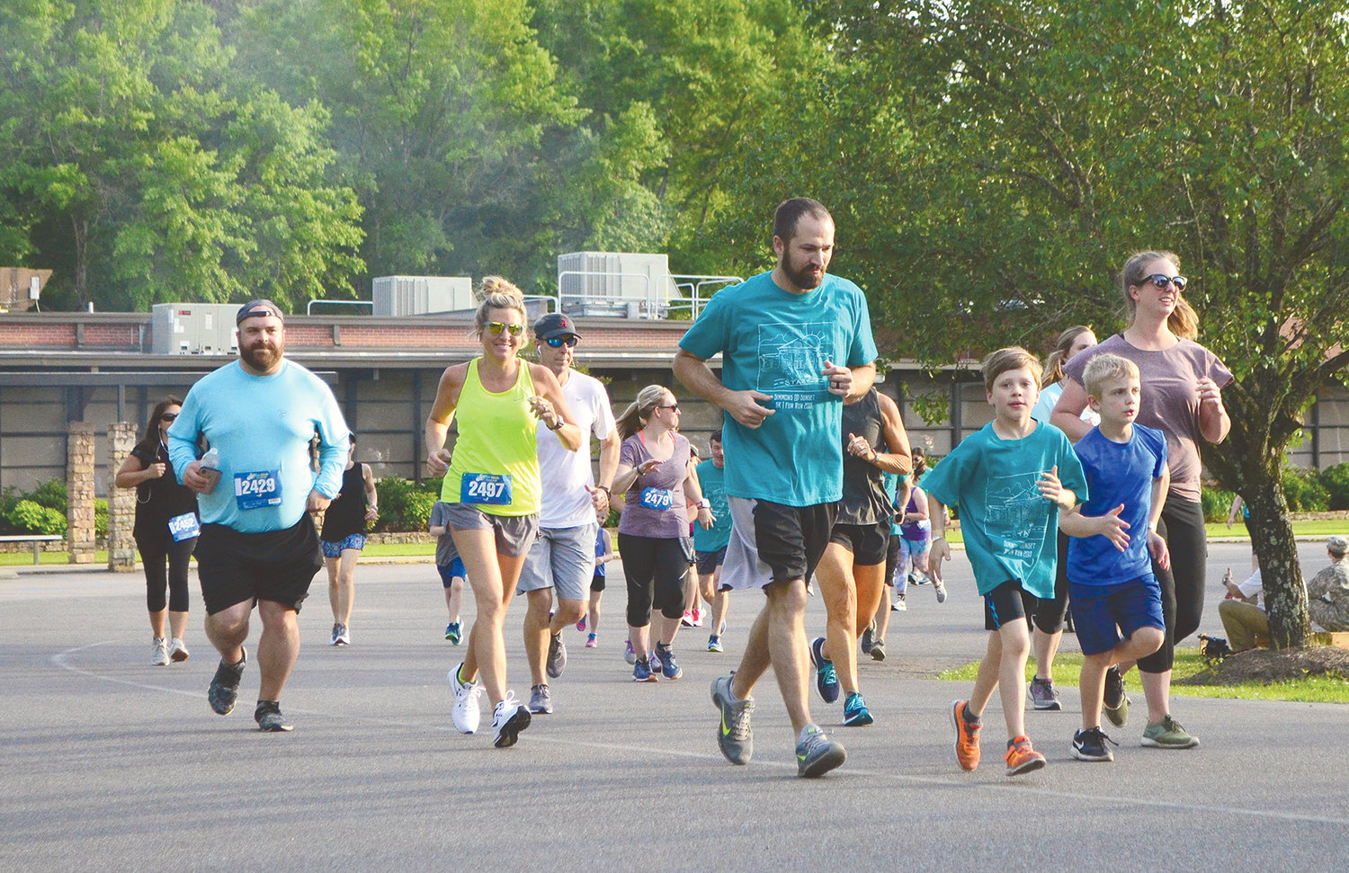 Rain held off for the Simmons @ Sunset 5K and Fun Run Friday night. Hundreds gathered for the annual event that takes runners around Jasper and raises money for T.R. Simmons Elementary School. Others gathered for fun and food on the school's campus.
