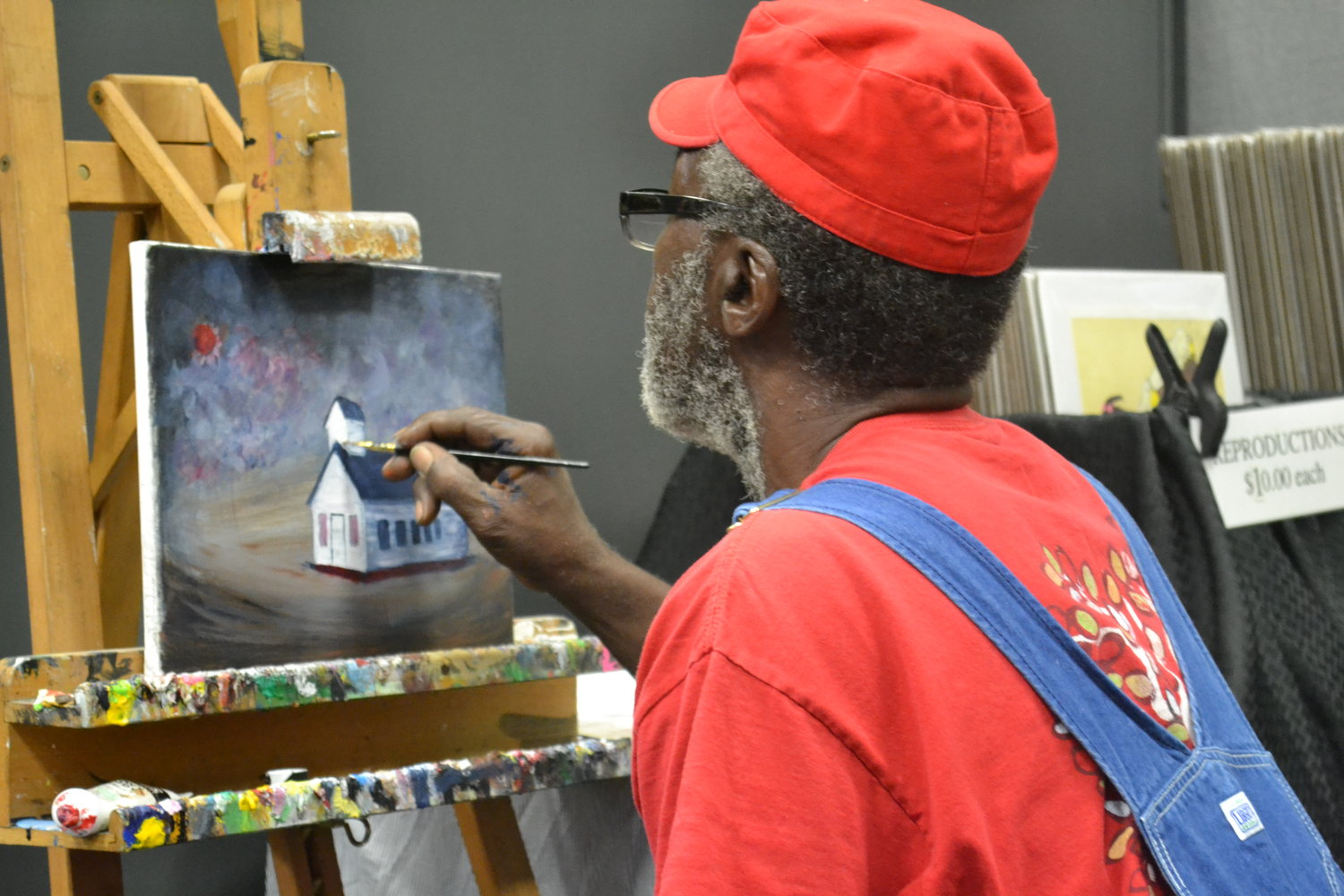 The Walker County Arts Alliance (WCAA) 16th Annual Art in the Park was moved indoors this past Saturday with the threat of rain. Artists and vendors packed the Jasper Civic Center for a day of shopping and activities.