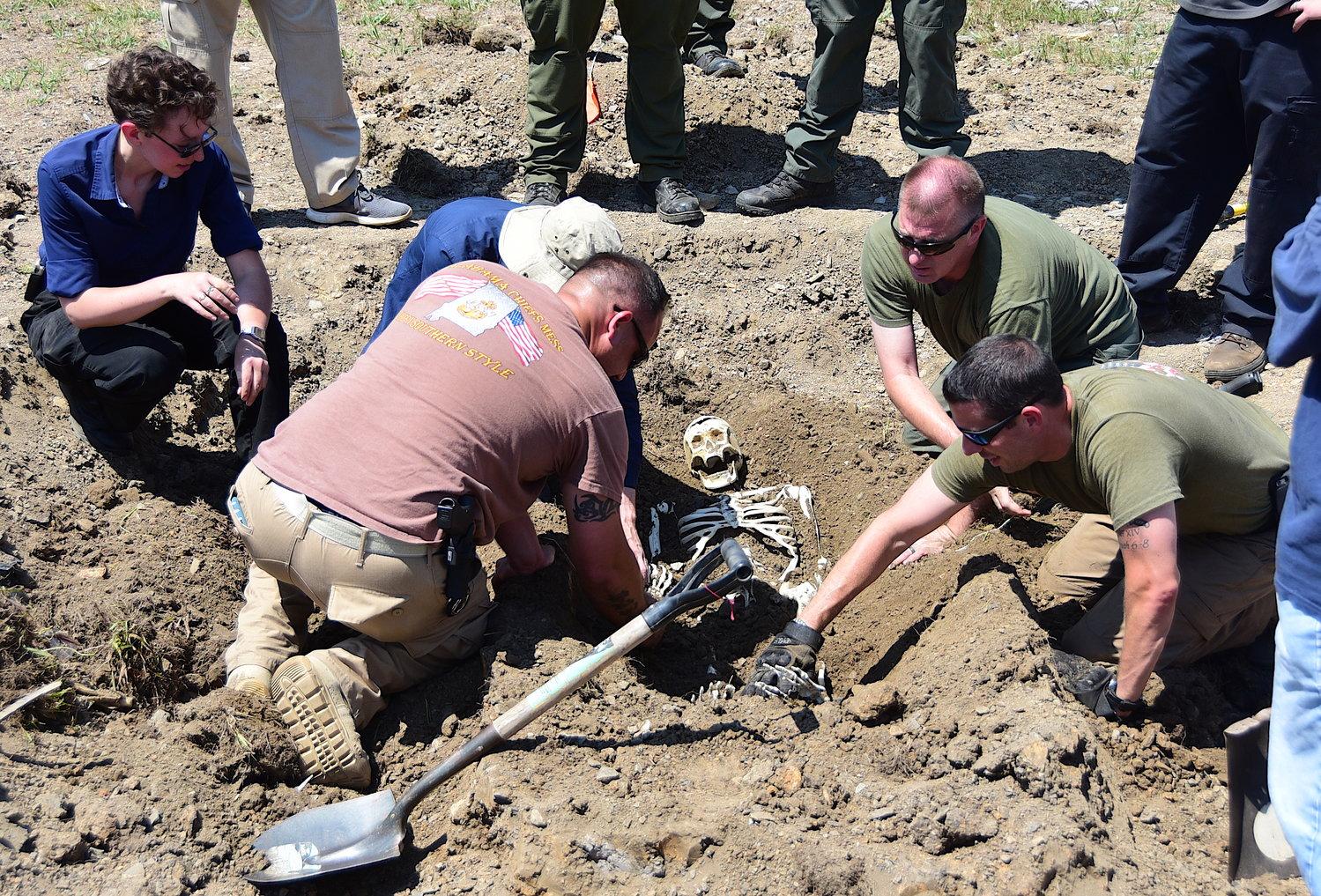 JPD hosts forensics crime scene class   Daily Mountain Eagle
