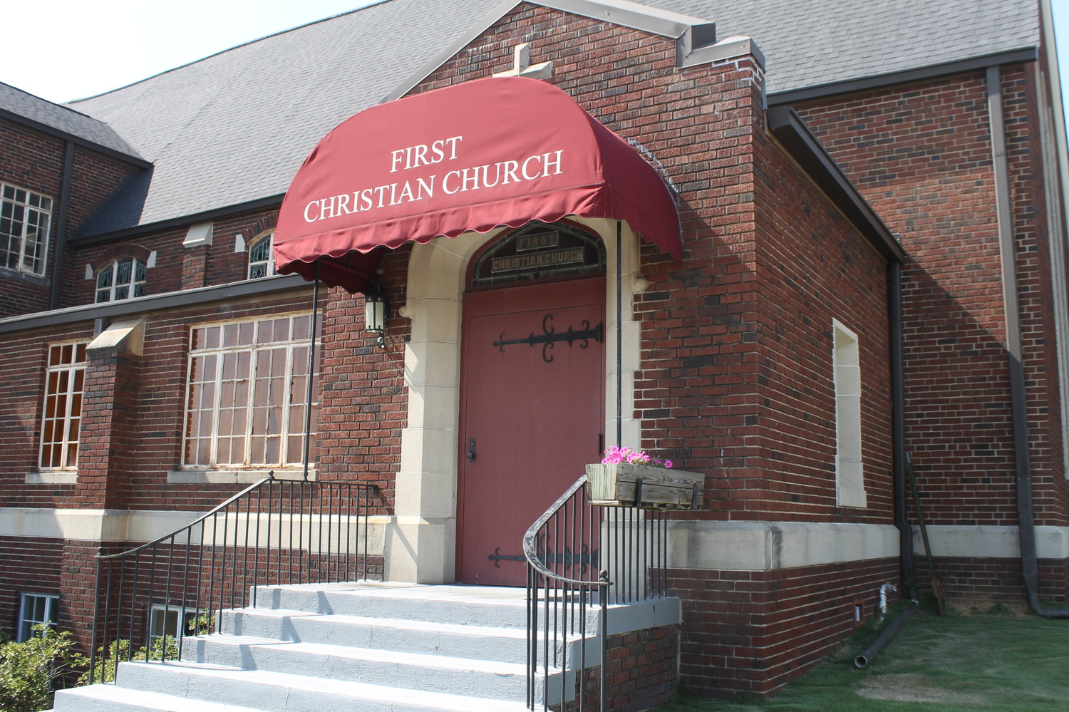 First Christian Church in Jasper voted unanimously on Sunday to proclaim themselves to be an open and affirming congregation.