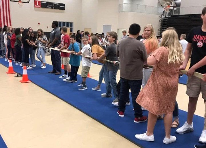 "Jasper Jr. High School students spent their first day back to school joining ""houses"" and participating in group activities."