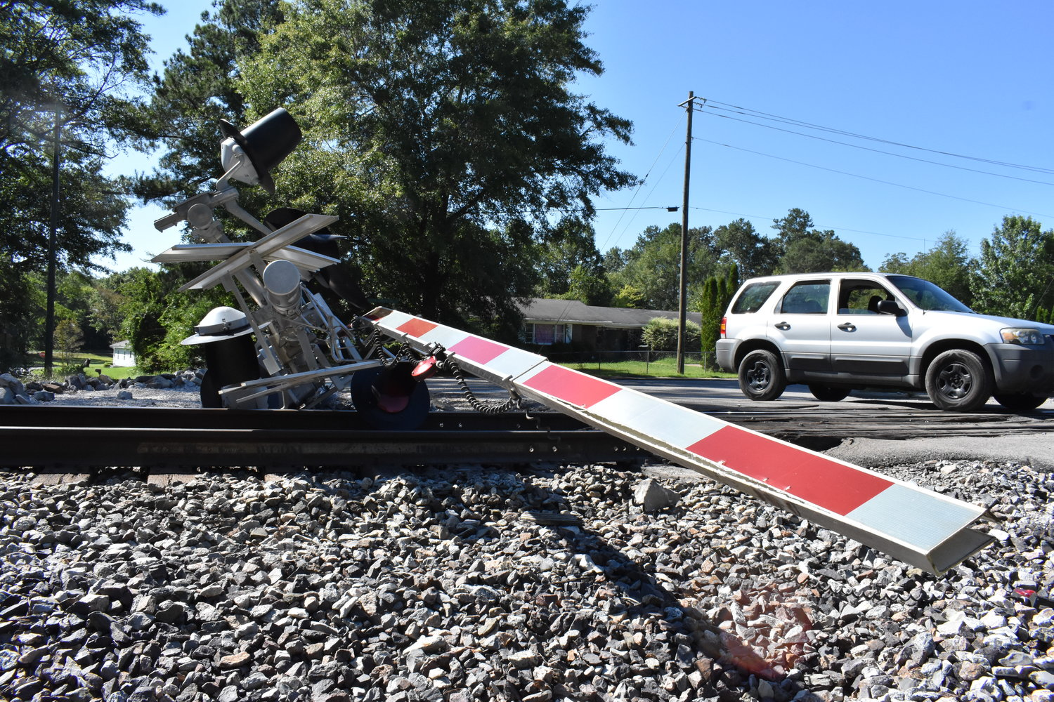 A railroad crossing arm in Jasper was upended by an accident and brought to lay across the track on Thursday afternoon in Jasper, just east of the intersection of Marion Luther King Jr. Drive and 30th Street. A vehicle apparently involved in the accident was abandoned and later removed. Public safety officials said the accident may have been caused when the car hit a power pole, which may have then brought down the arm.