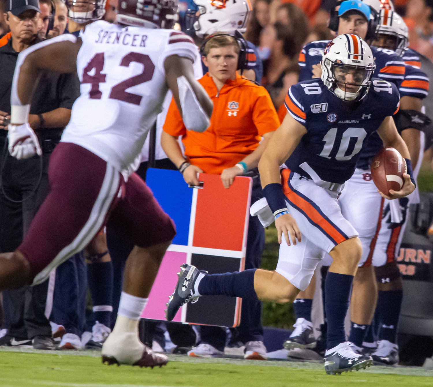 Auburn Tigers quarterback Bo Nix (10) runs during the first half of Saturday's game, at Jordan-Hare Stadium in Auburn.